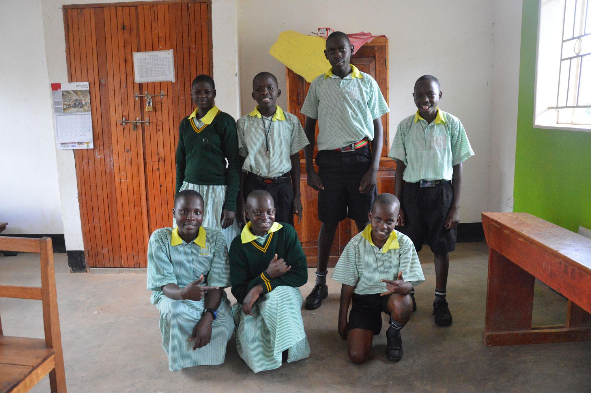 Enjoyable Bildergalerie Hilfe Fur Gehorlose Kinder In Afrika Uganda Dailytribune Chair Design For Home Dailytribuneorg