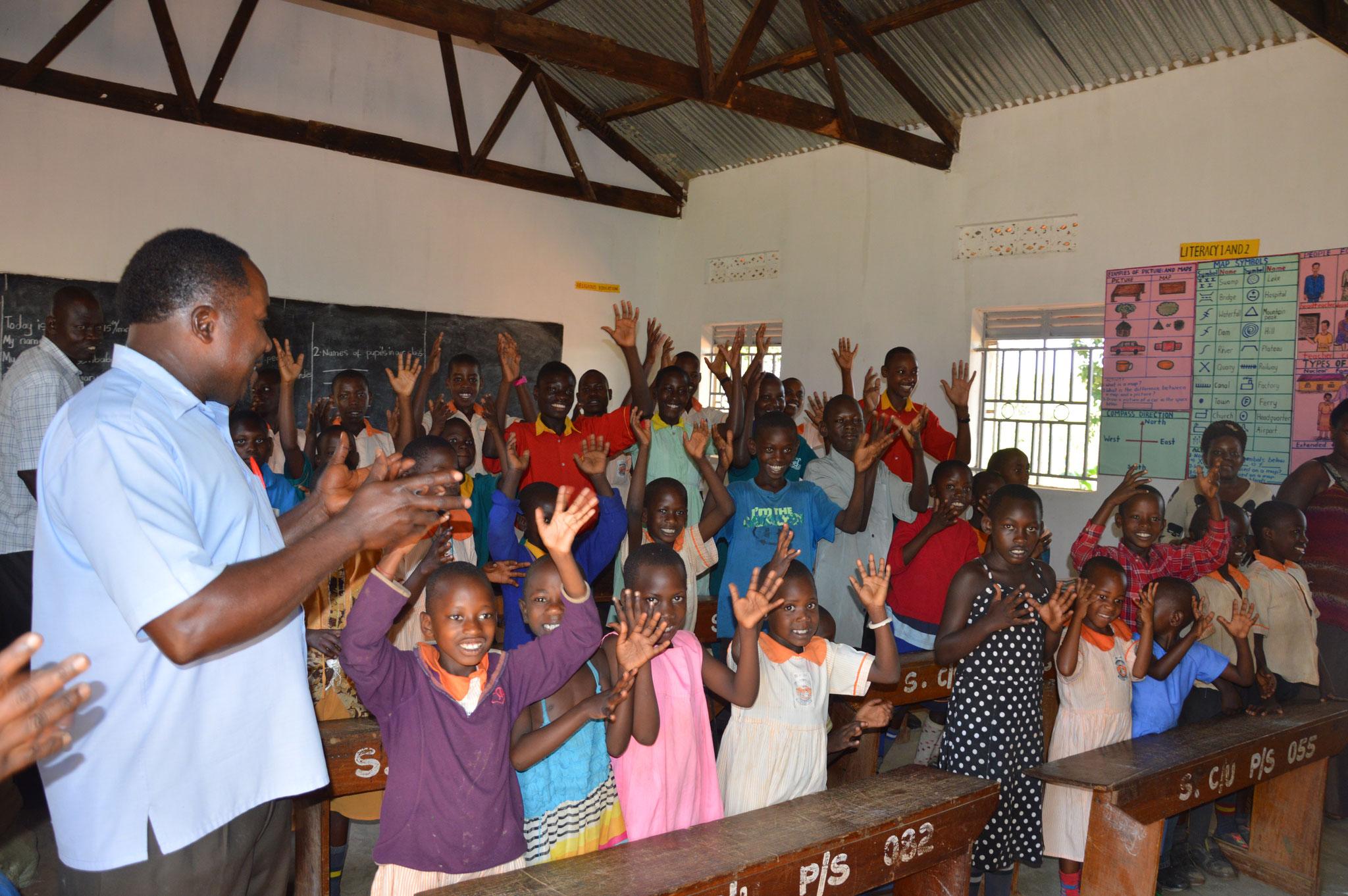 Die Gehörlosen Schüler der School of Uganda in Sembabule