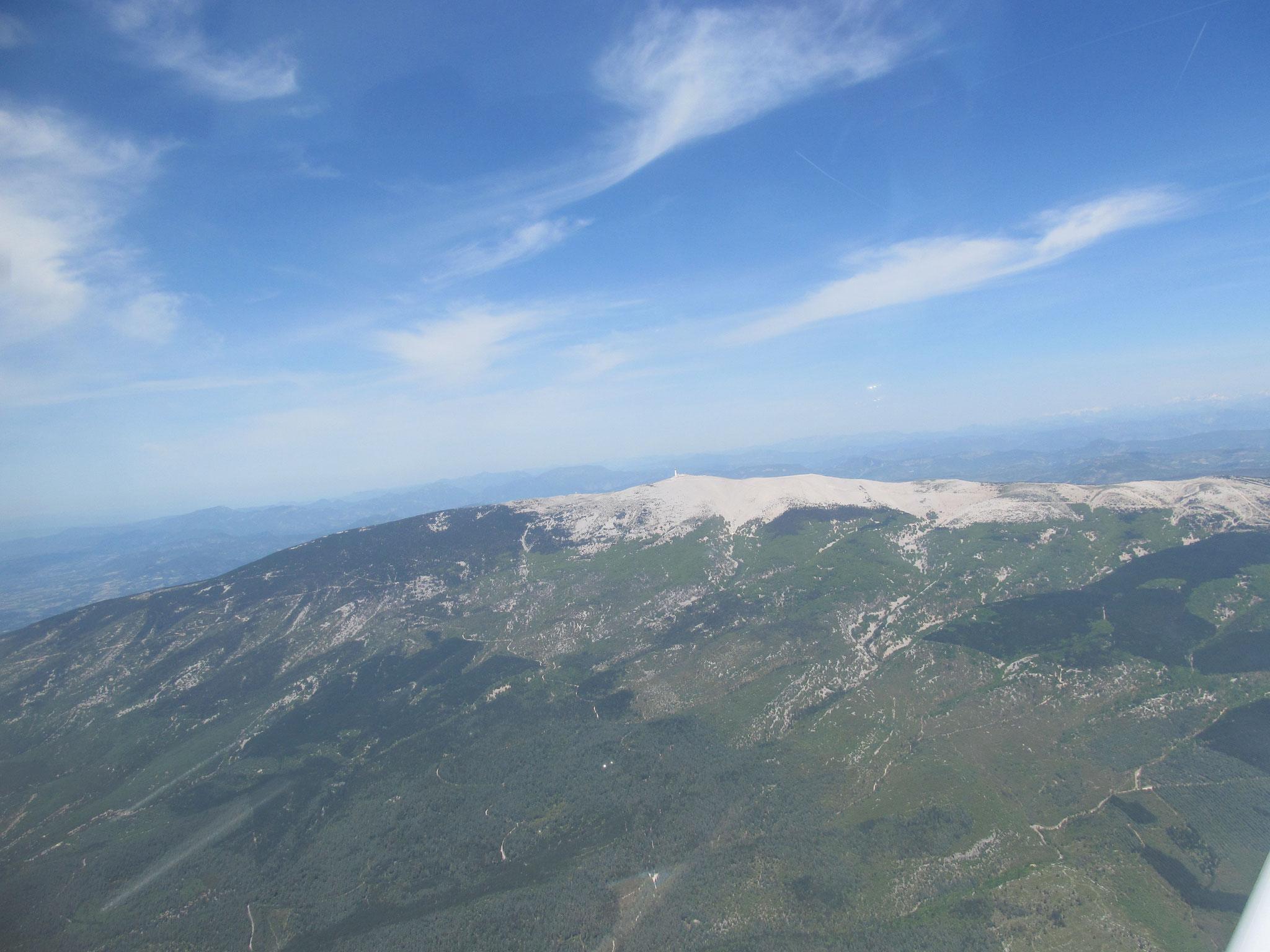 Survol du mont Ventoux