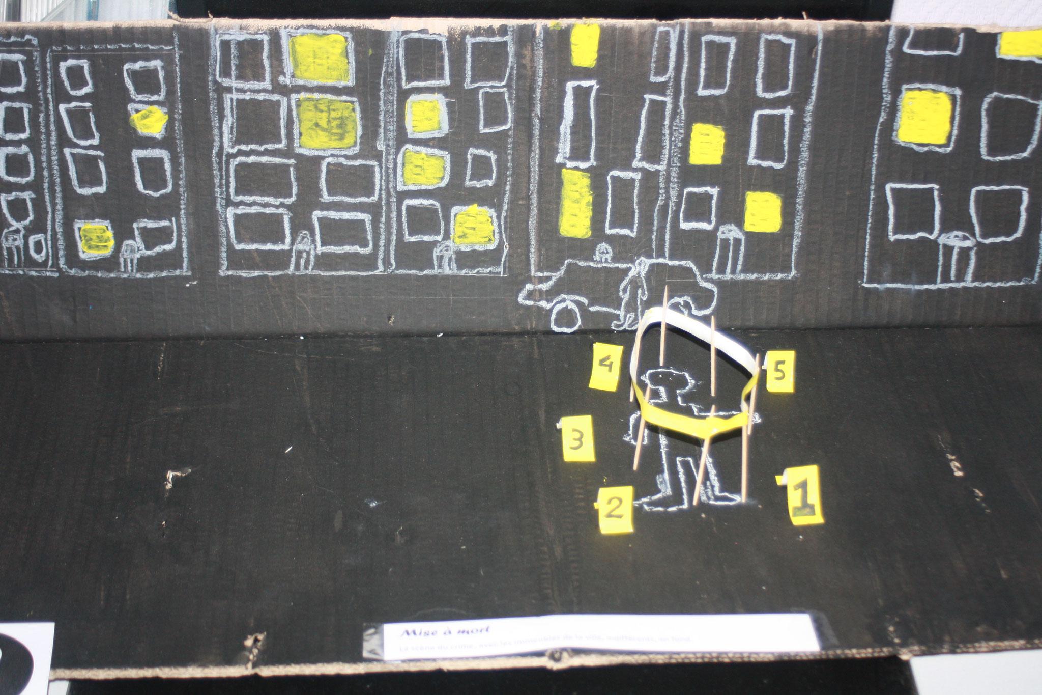 """La scène de crime dans """"Mise à mort"""", avec au fond les immeubles où la vie continue tranquillement... Nathan et Guillaune"""