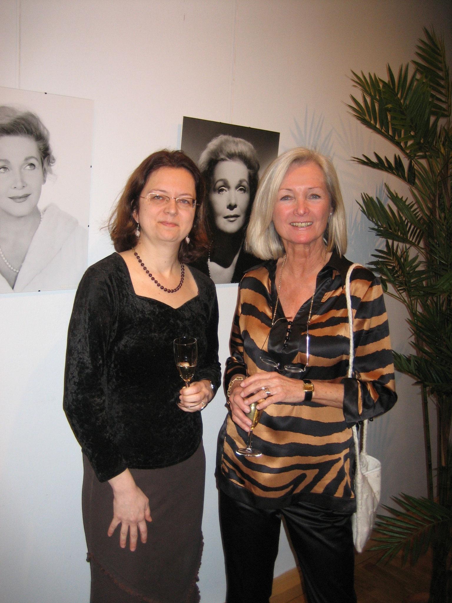 Vernissage Foto-Ausstellung Villa Schindler mit Annemarie Schindler 2005