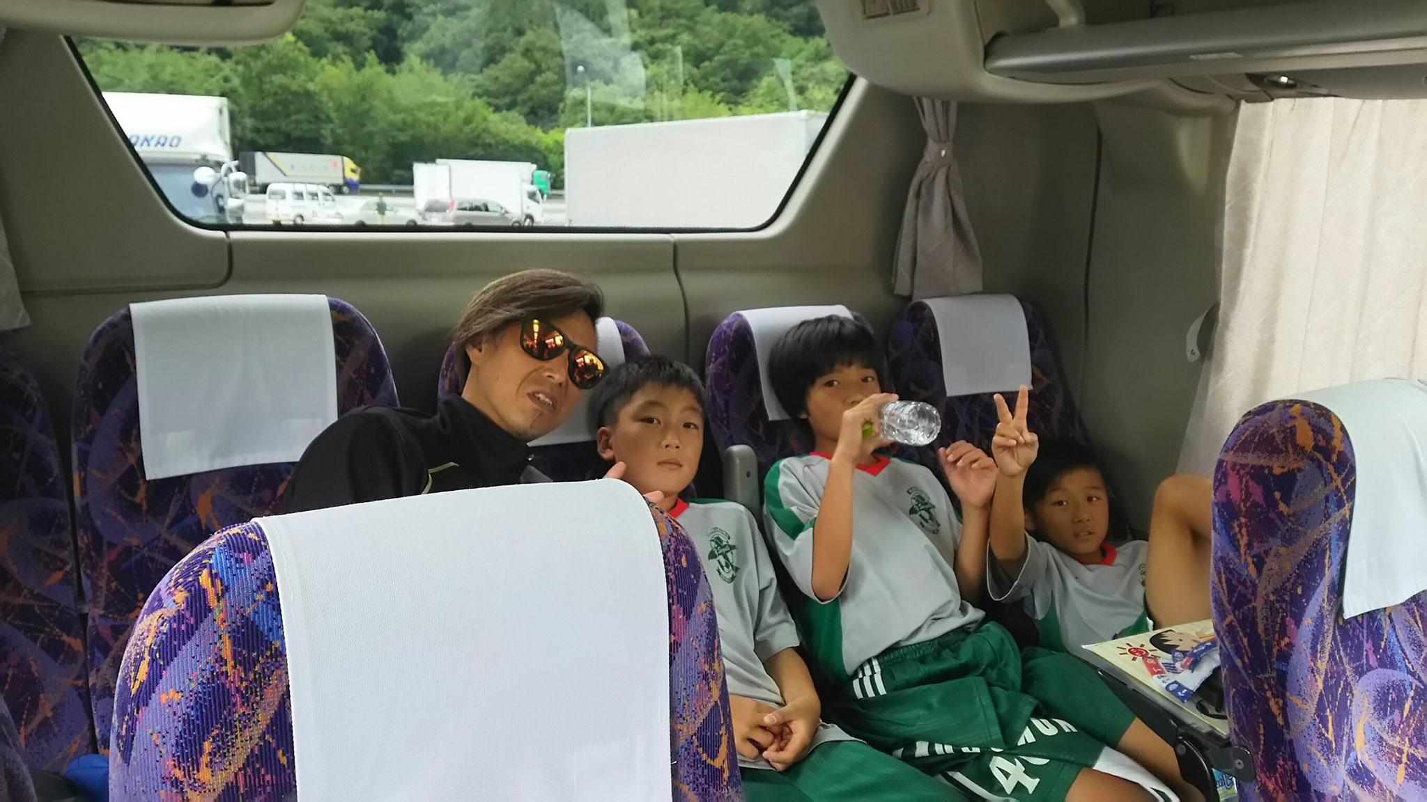 7/23 夏合宿 1日目 行きのバス