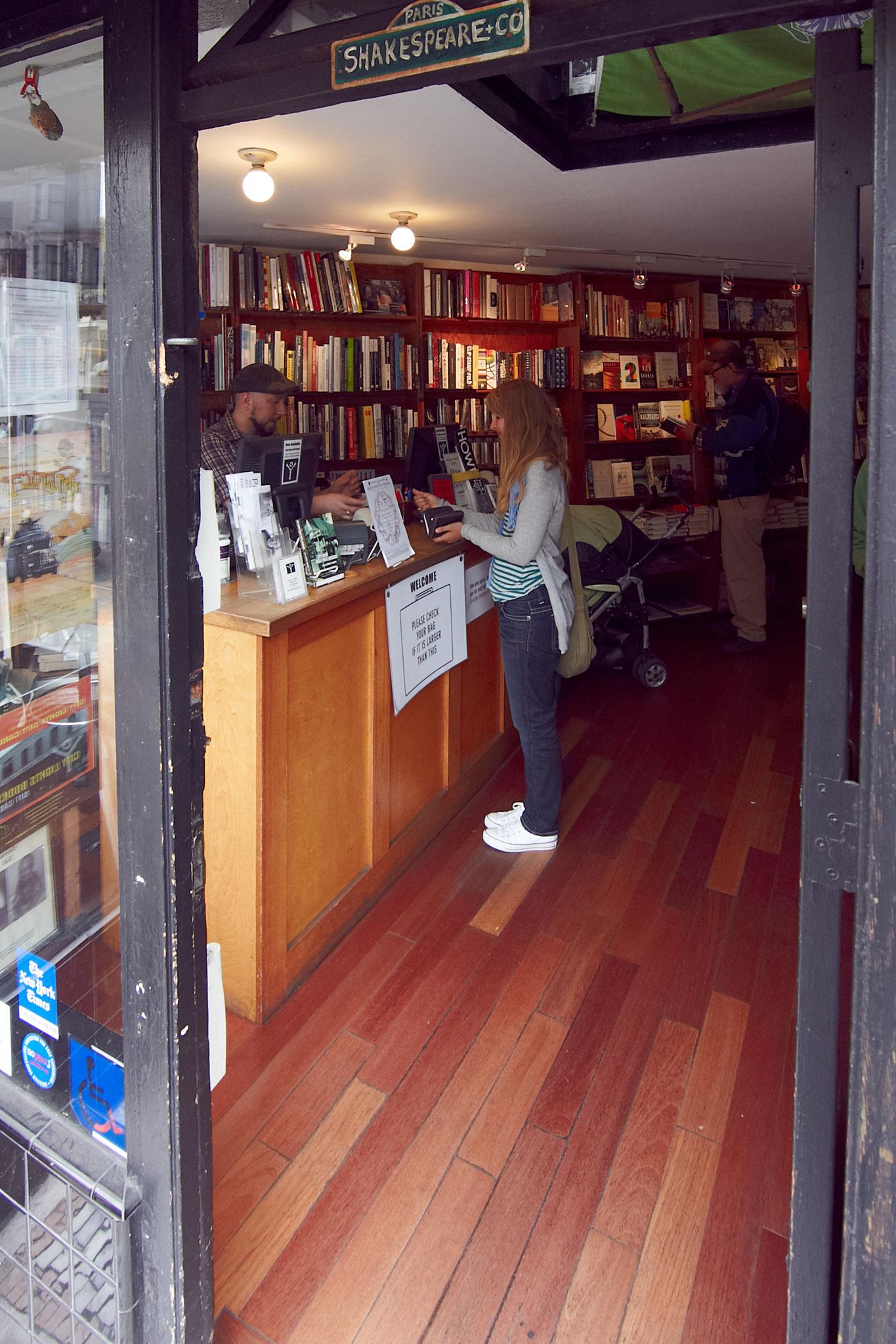 """Bei Touristen ist vor allem Allen Ginsbergs """"Howl"""" eine beliebte Lektüre."""