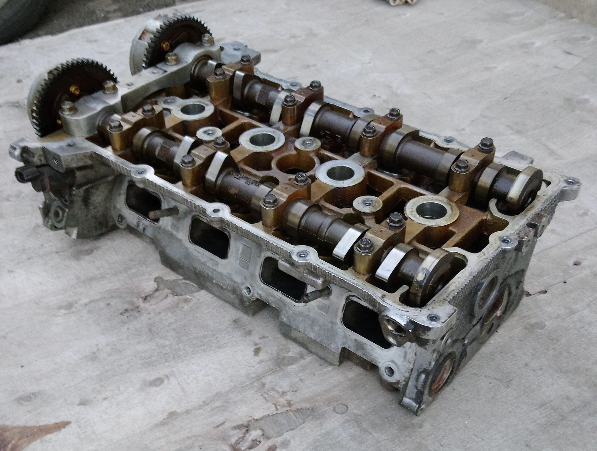0200 HJ   , 1005A704  Головка блока 2.4  Citroen C-Crosser. Peugeot 4007, Mitsubishi Outlander XL  (CW) 2006-2012