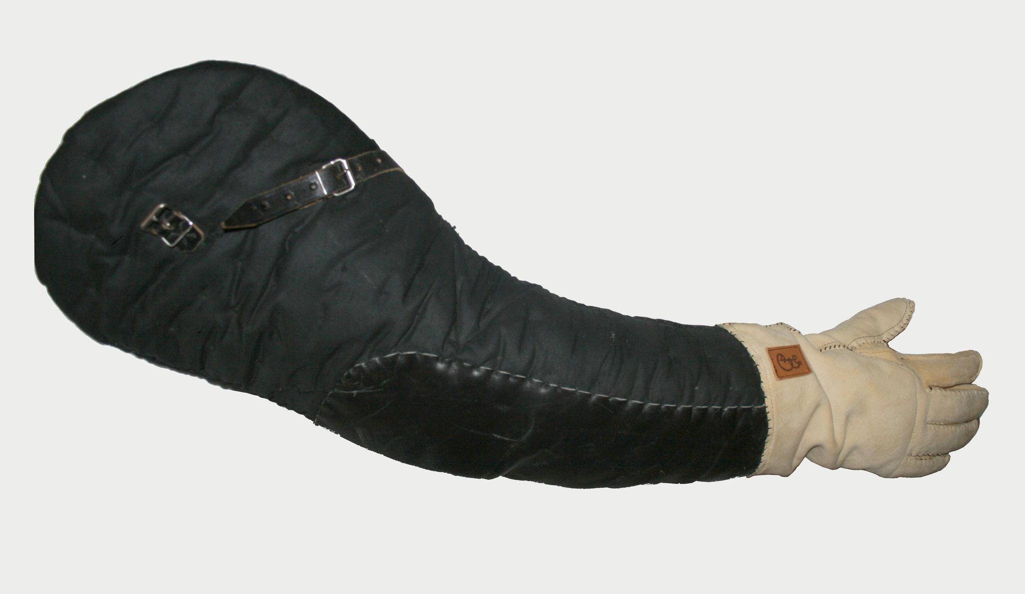 Sekundantenstulp mit neuem Handschuh
