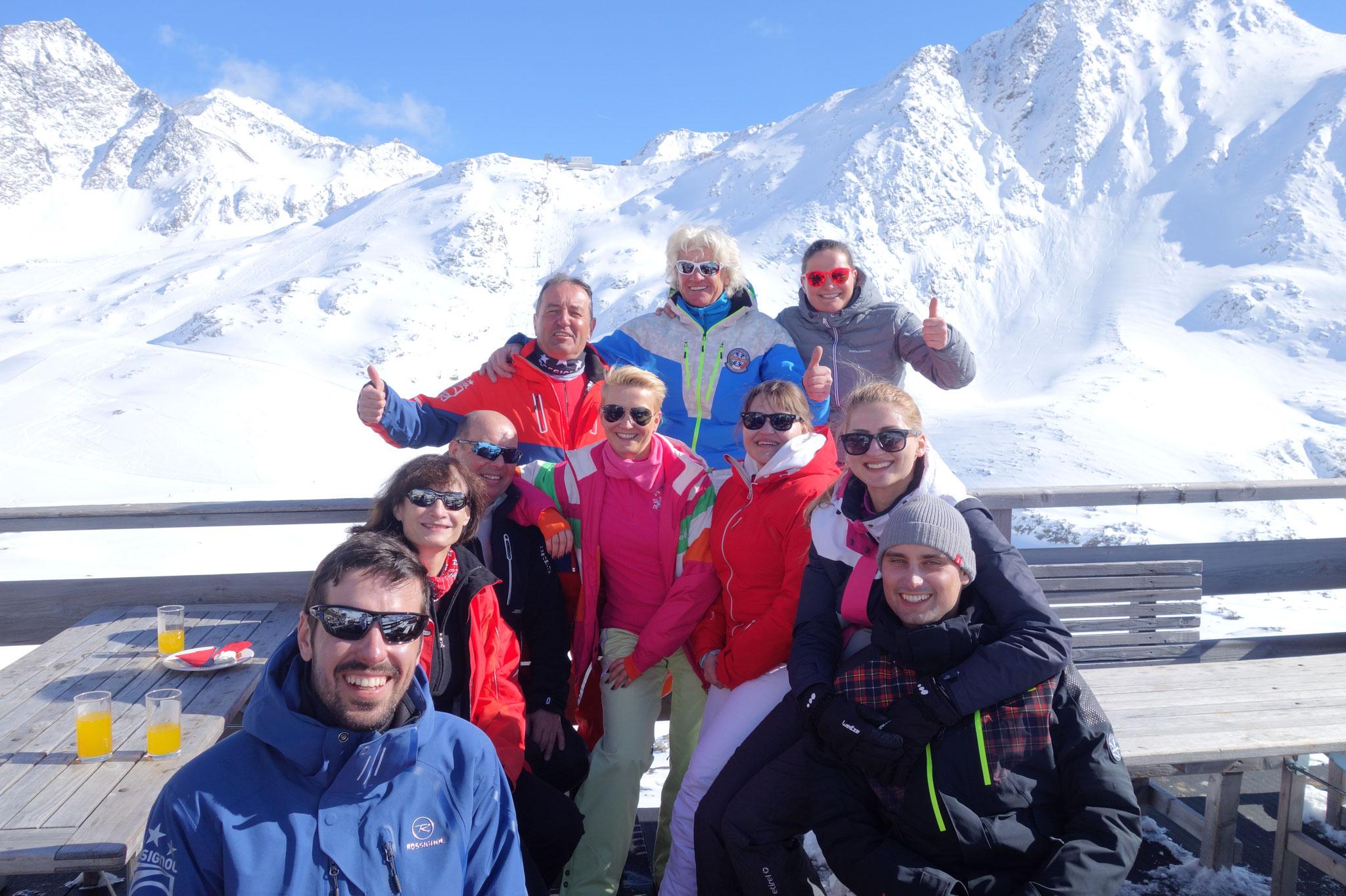mit Freunden auf dem Gletscher