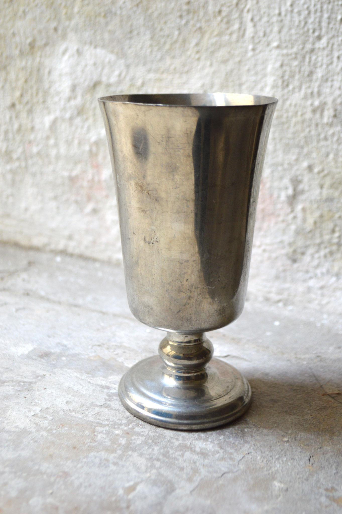 C) H. ca. 15 cm, Dm. ca. 8 cm