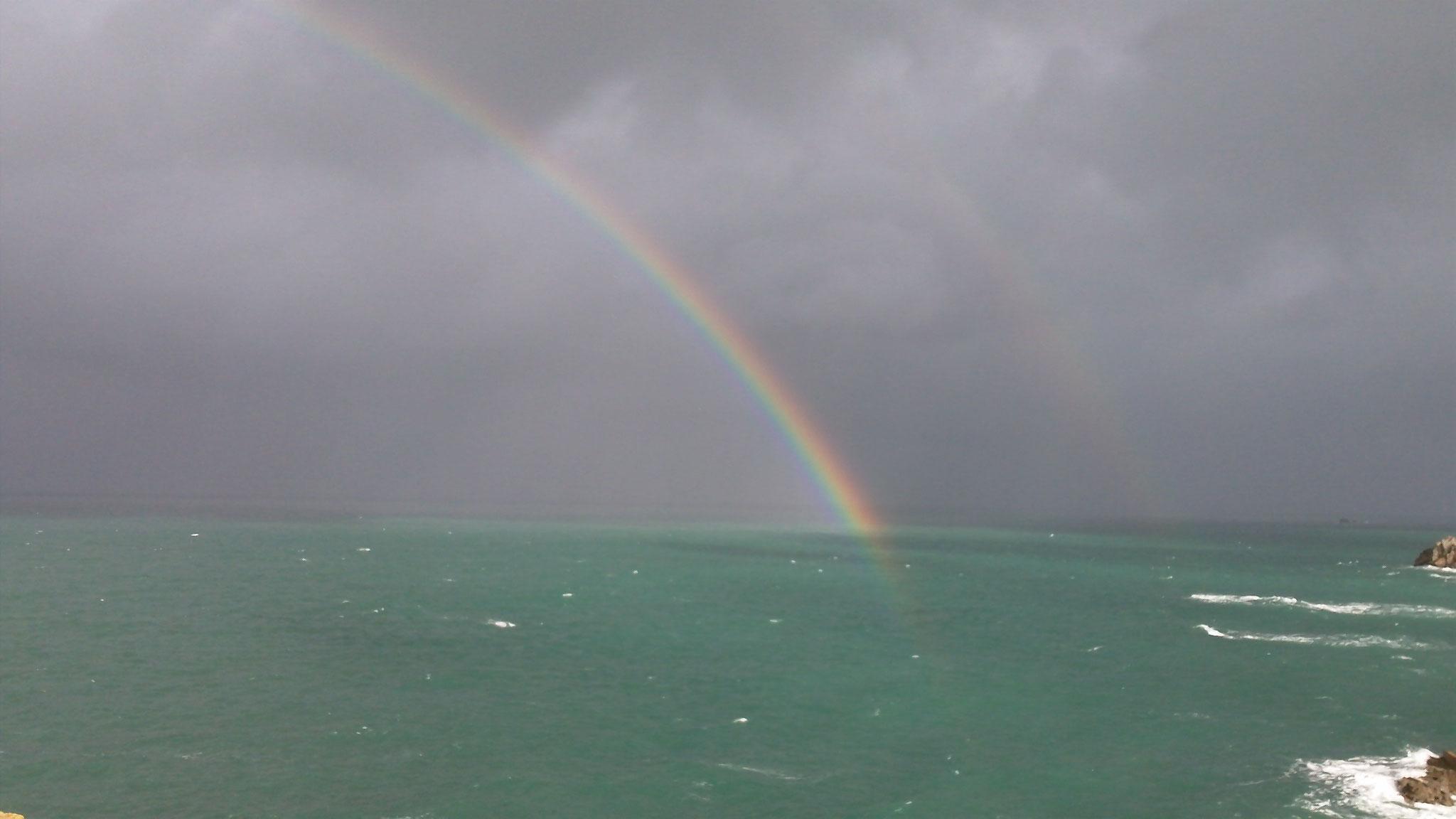 Novemberstimmung an der Küste von Plougrescant/ La côte de Plougrescant sous le soleil de novembre