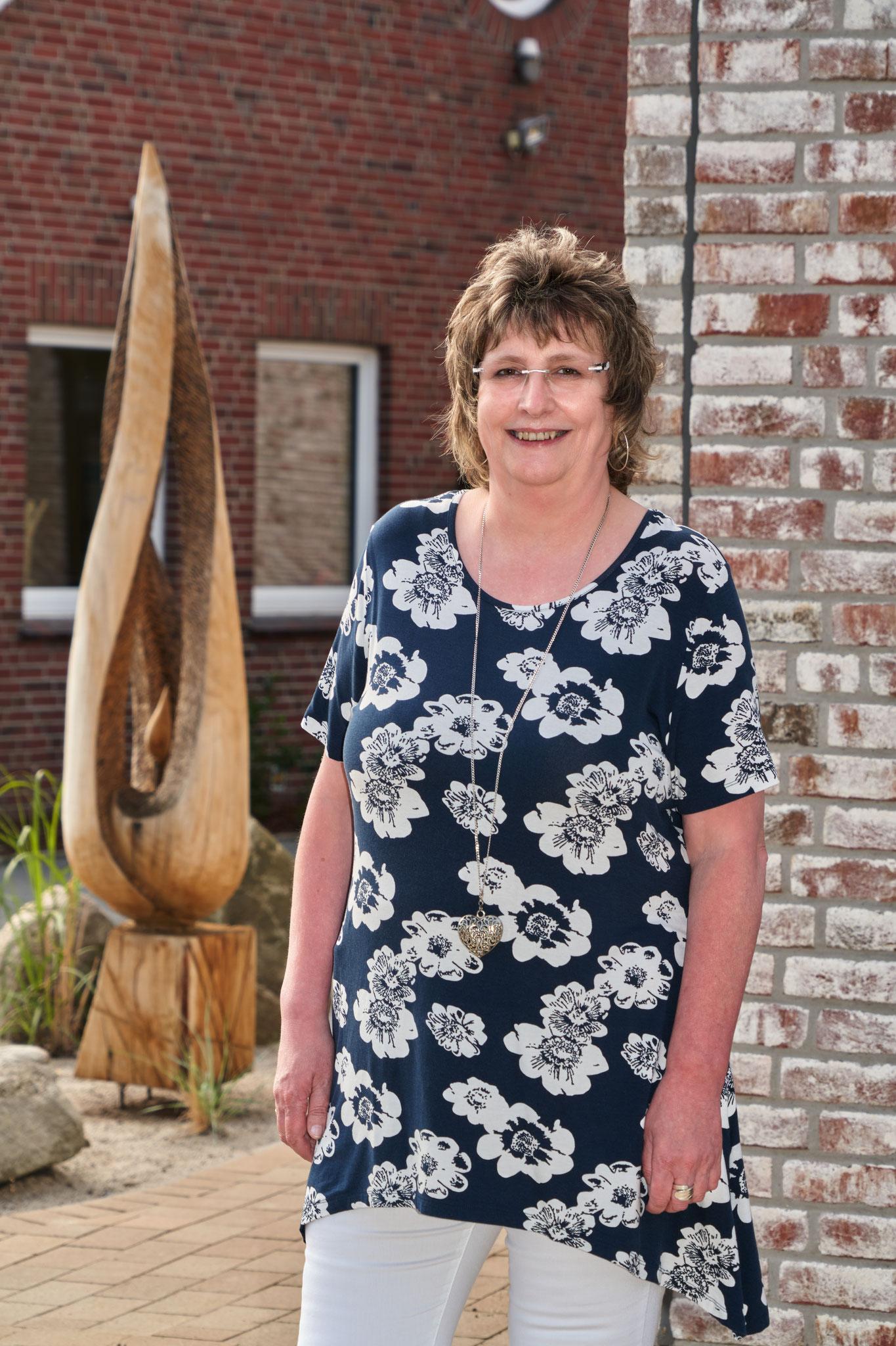 Gunda van Meggelen - Bankkauffrau und Vorsitzende der WGB