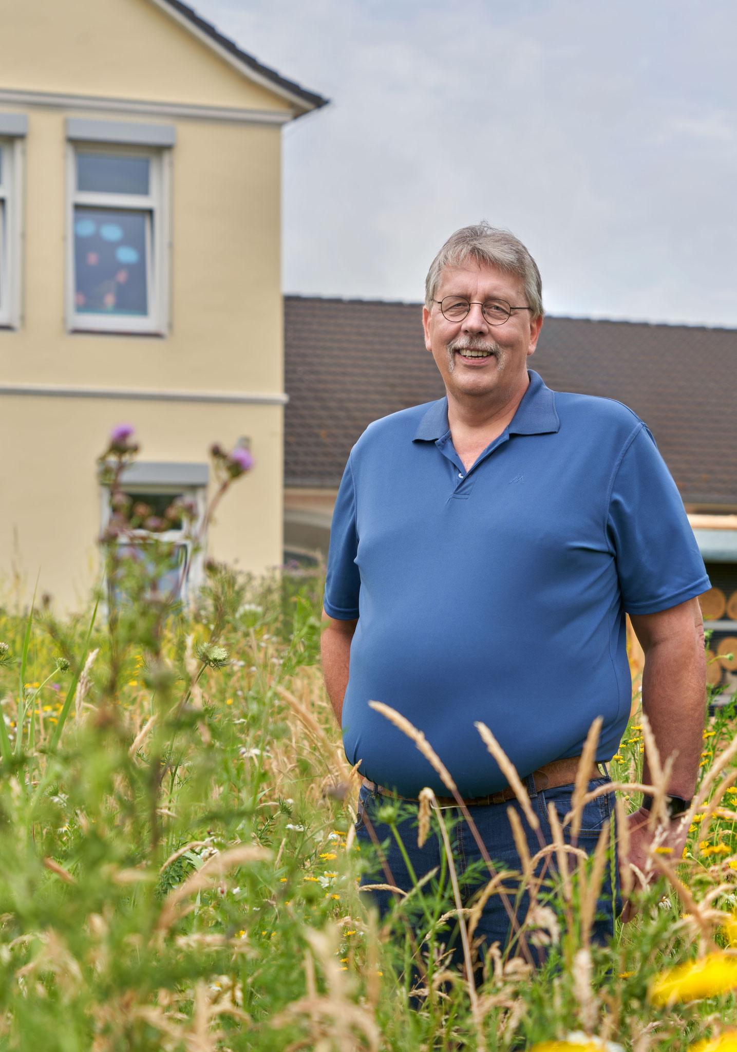 Hartmut Backhaus - Altenpfleger und Hobbyimker, Mitglied im Kreisvorstand des BUND