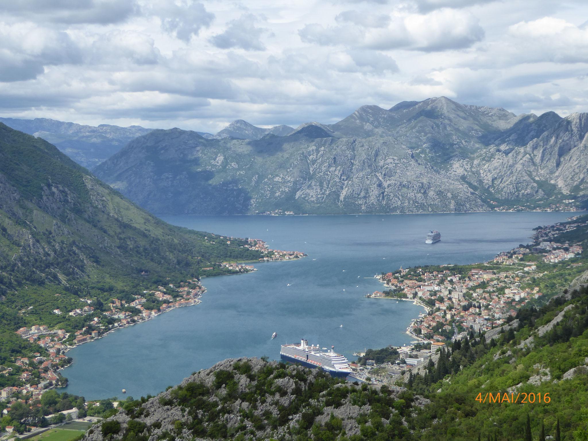 Vom Kotor Pass aus hat man eine wunderbare Aussicht auf den einzigen im Süden gelegenen Fjord