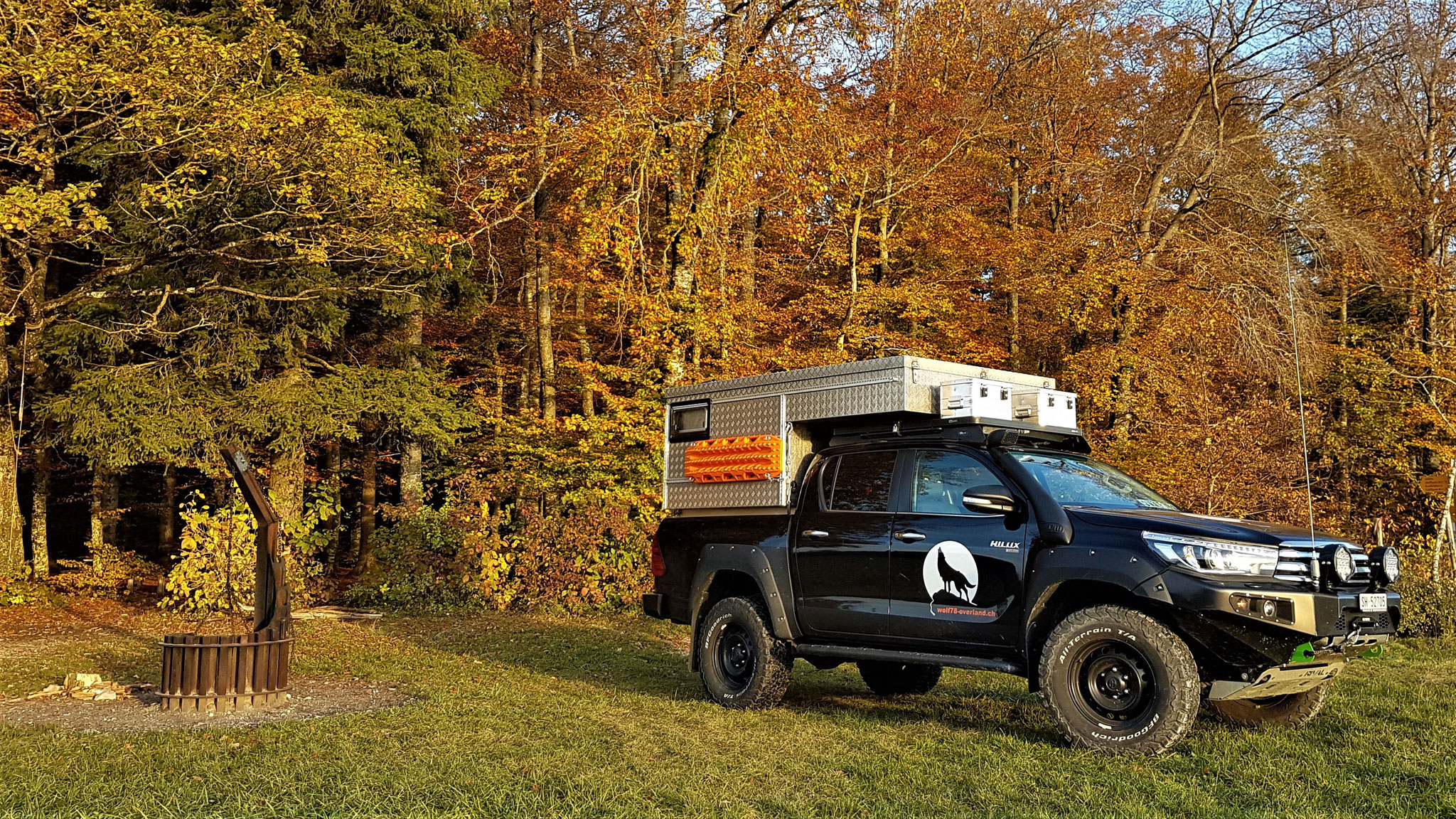 EXKAB Wohnkabine Toyota Hilux arctic trucks At33 At35 traveloverland truck Revo N80 #ProjektBlackwolf offroad Pick up camper Drive Your own Way AFN4x4Rival4x4 bfgoodrich t/a ko2 285/70R17 ltprtz DL0011-C Explore Without Limits switzerland Expedition