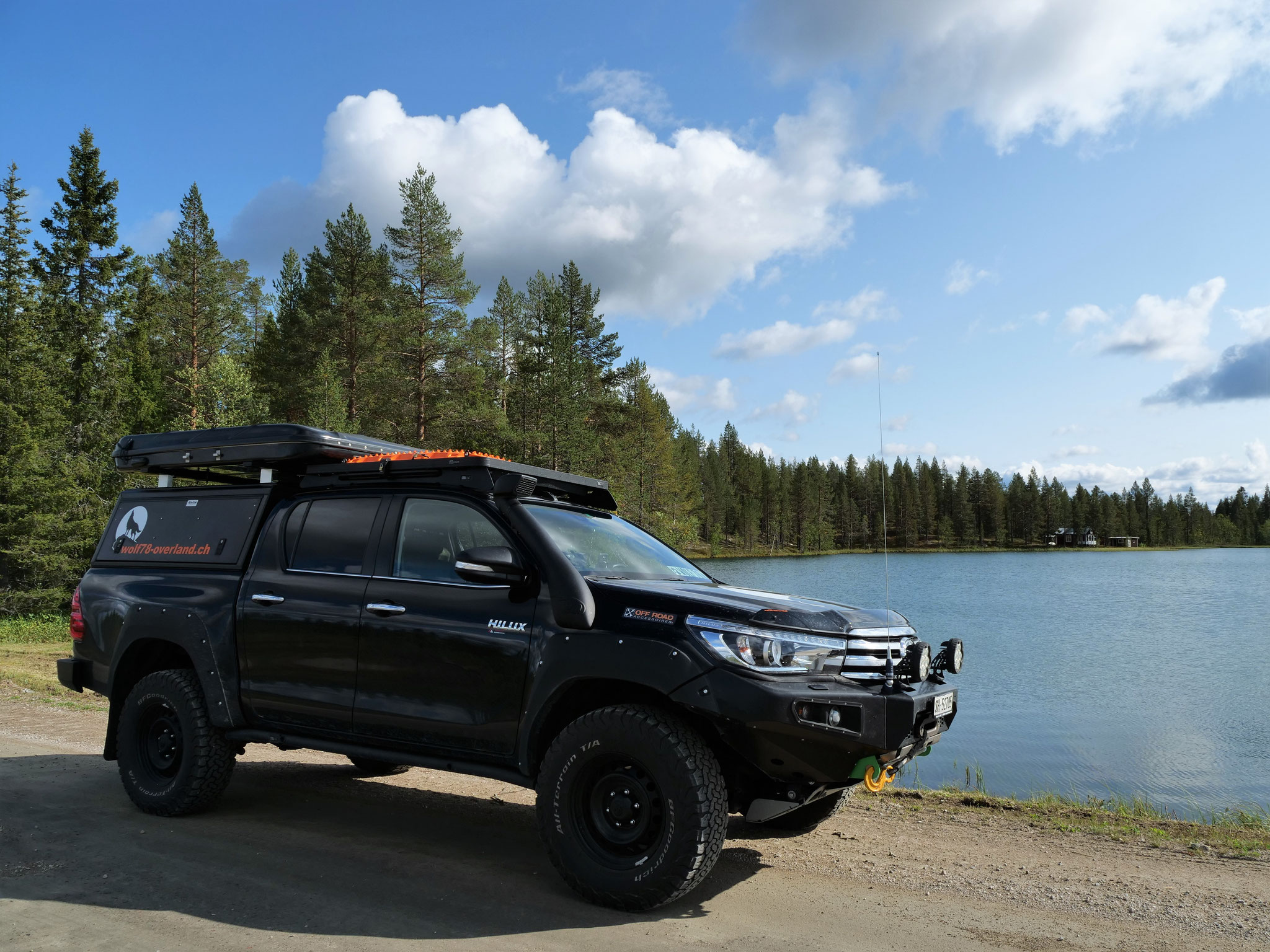 Toyota Hilux AFN Roof top tent Dachzelt Frontrunner Rocksliders Horntools Winch alpha quick TJM Snorkel Revo #ProjektBlackwolf 2016 2017 2.4 wolf78-overland.ch offroad 4x4 Rival James Baroud BFGoodrich 32 inc tires wolf78 ARB Alu-cab