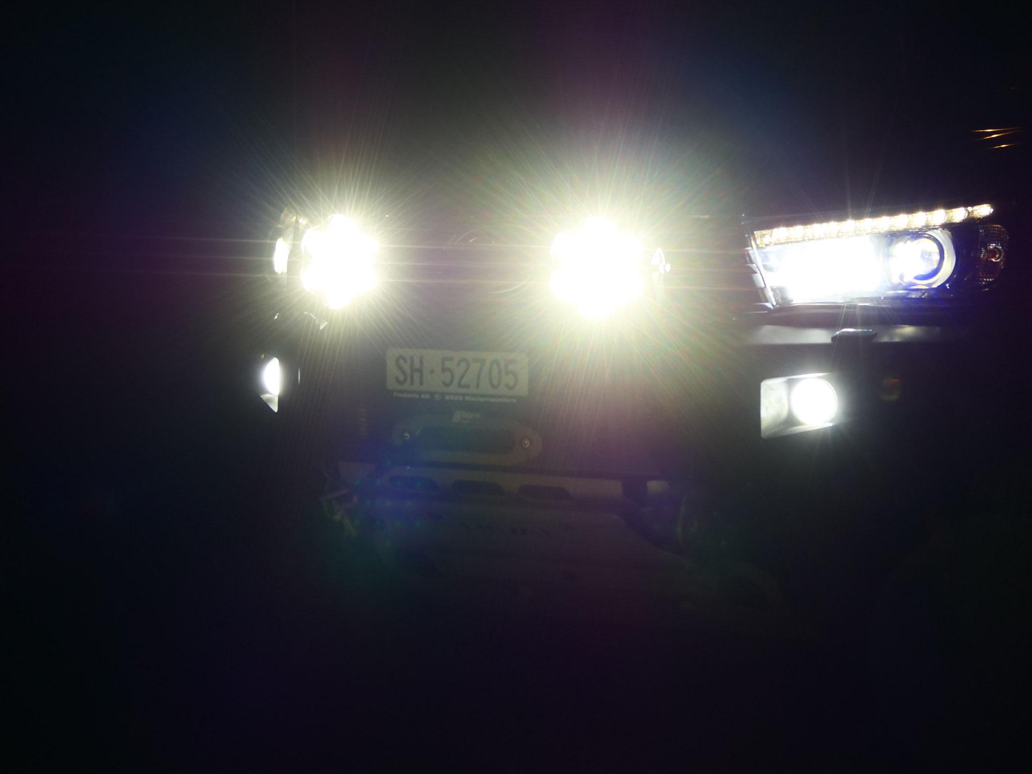 Lightpartz LTPRTZ DL011-C Kombo flood spot led off road  lights lamp Highbeam Strassen zugelassene Offroad Scheinwerfer e geprüft hell #projektblackwolf