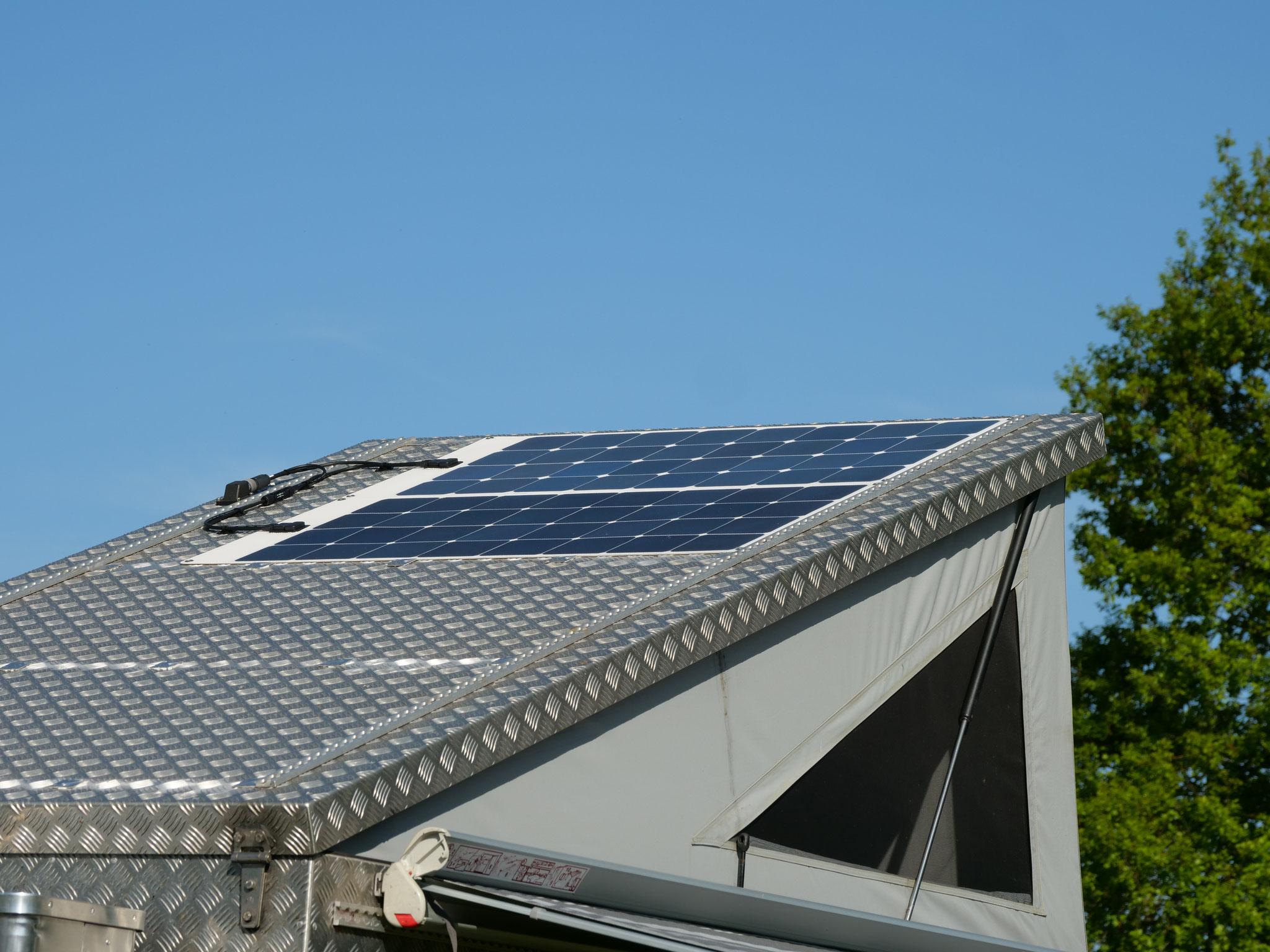Toyota Hilux Revo 2017 2.4 #ProjektBlackwolf Solar Sunpower Victron 75/15 Ausbau Interieur Rako Schubladen Exkab 1 offroad Tacoma expedition overland wolf78-overland.ch