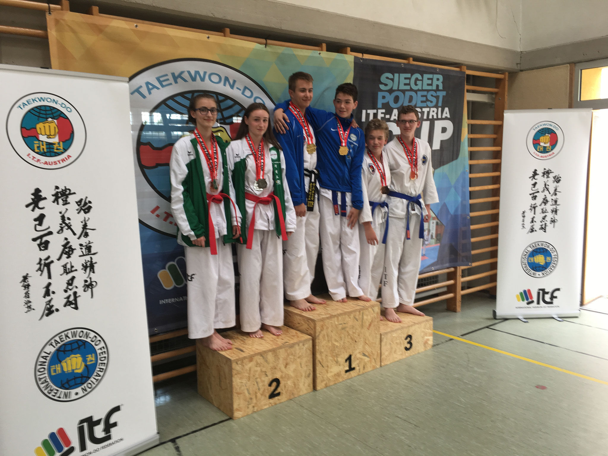 Guk Gi Team Junioren 1. Platz Pre arranged Sparring