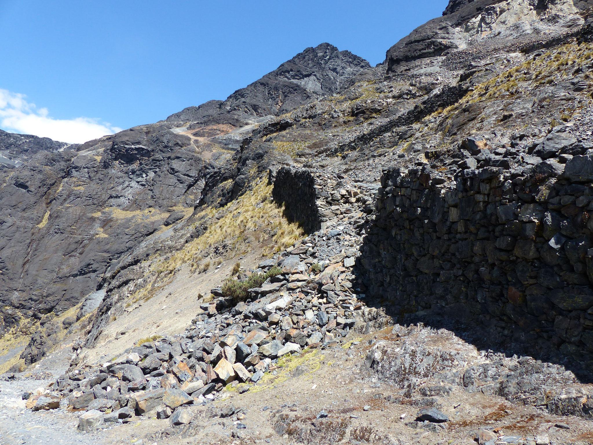 Un bout de mur inca qui s'est écroulé