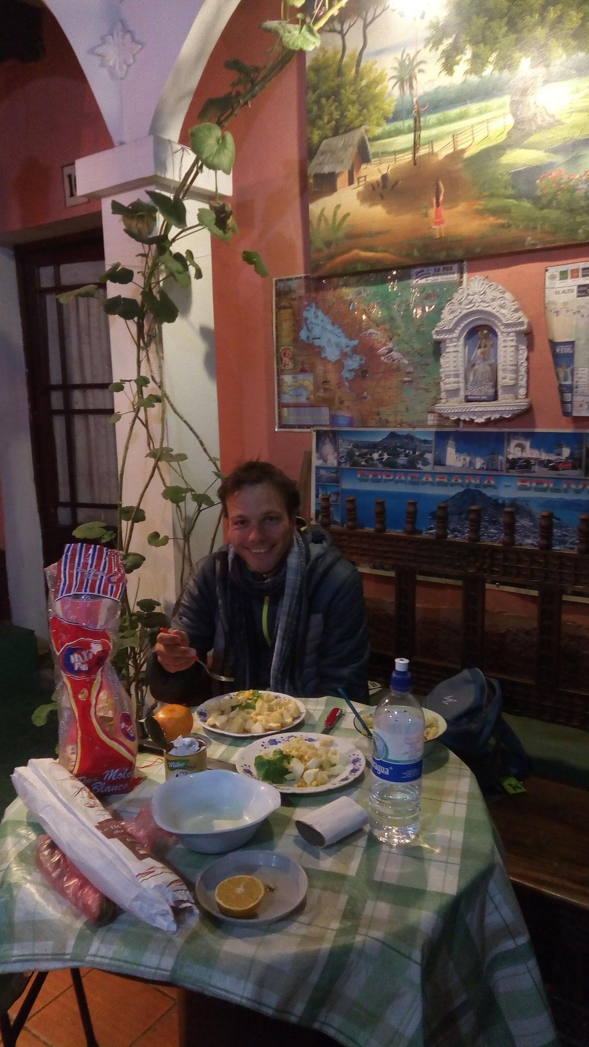 Petite salade maison à l'hostal Jimenez