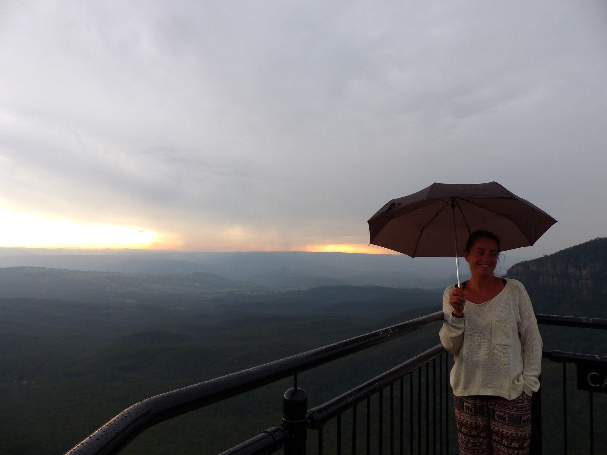Point de vue nommé Cahills (brume et pluie:)