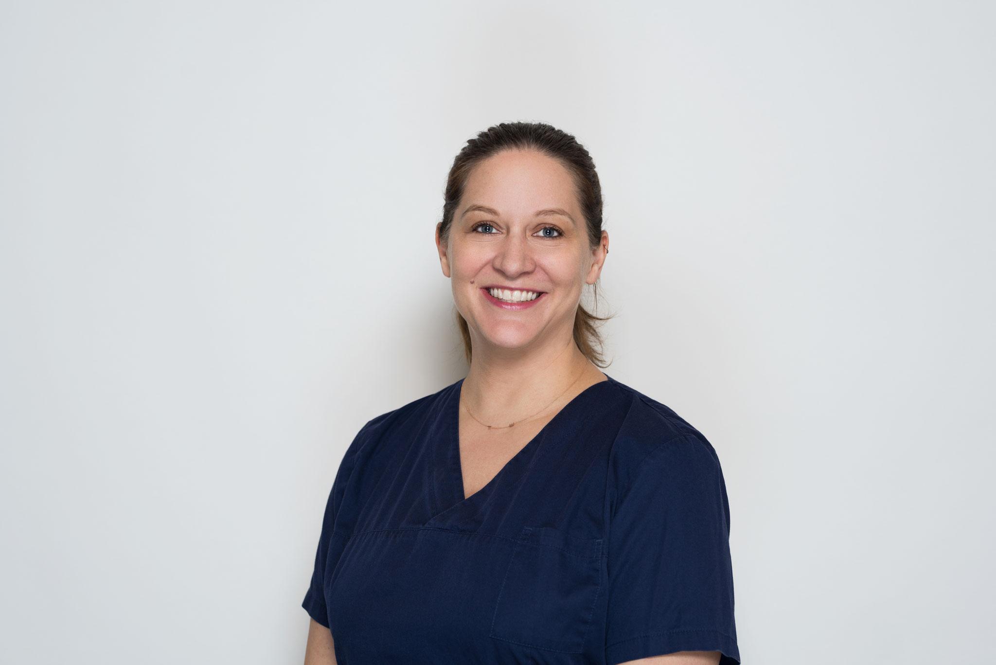 Dr. med. Ev-Charlott Walter, Fachärztin für Dermatologie und Venerologie, Phlebologie, Berufsdermatologie