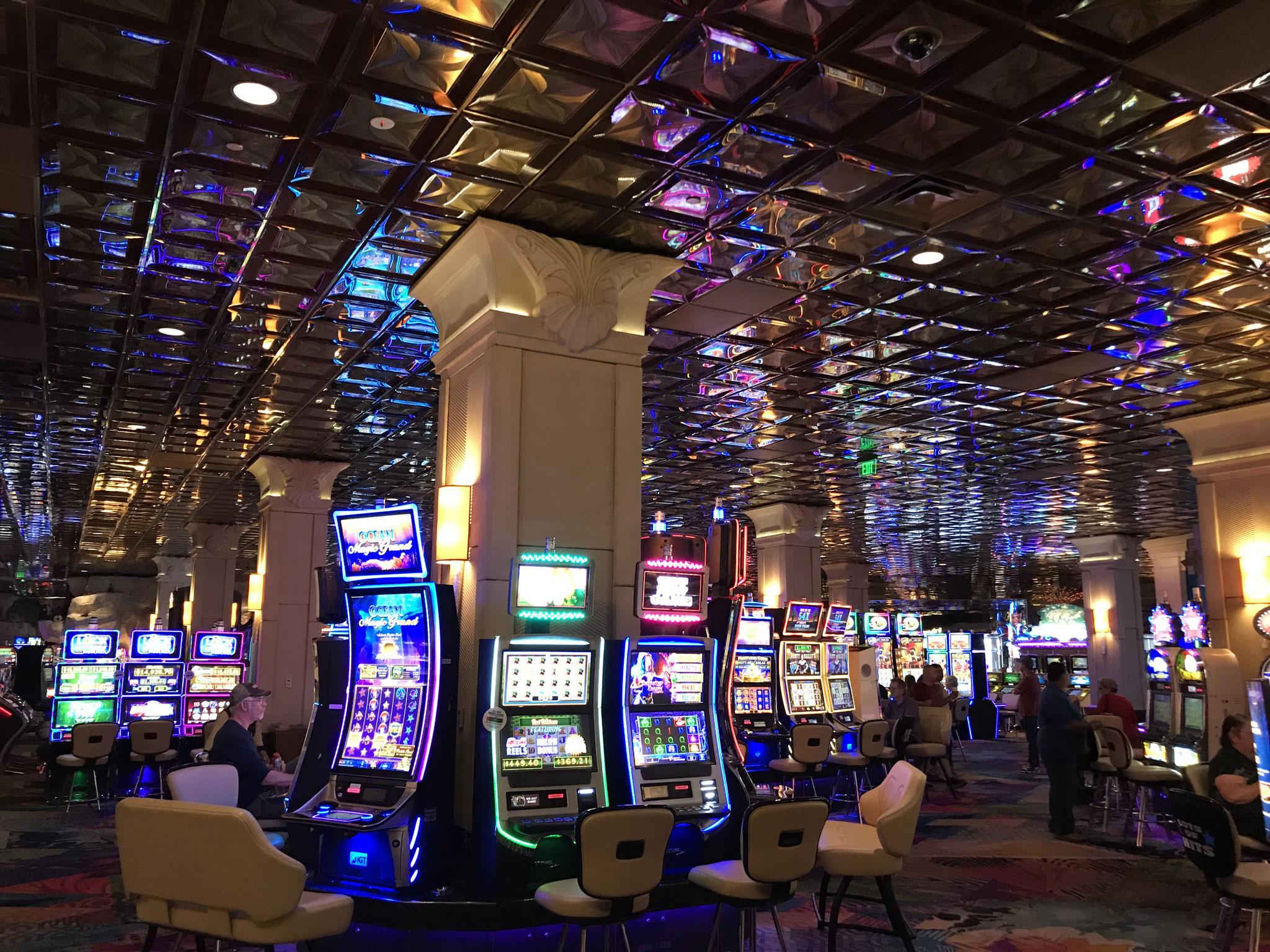 Wenn man das Hotel betritt, ist man schon im Casino.