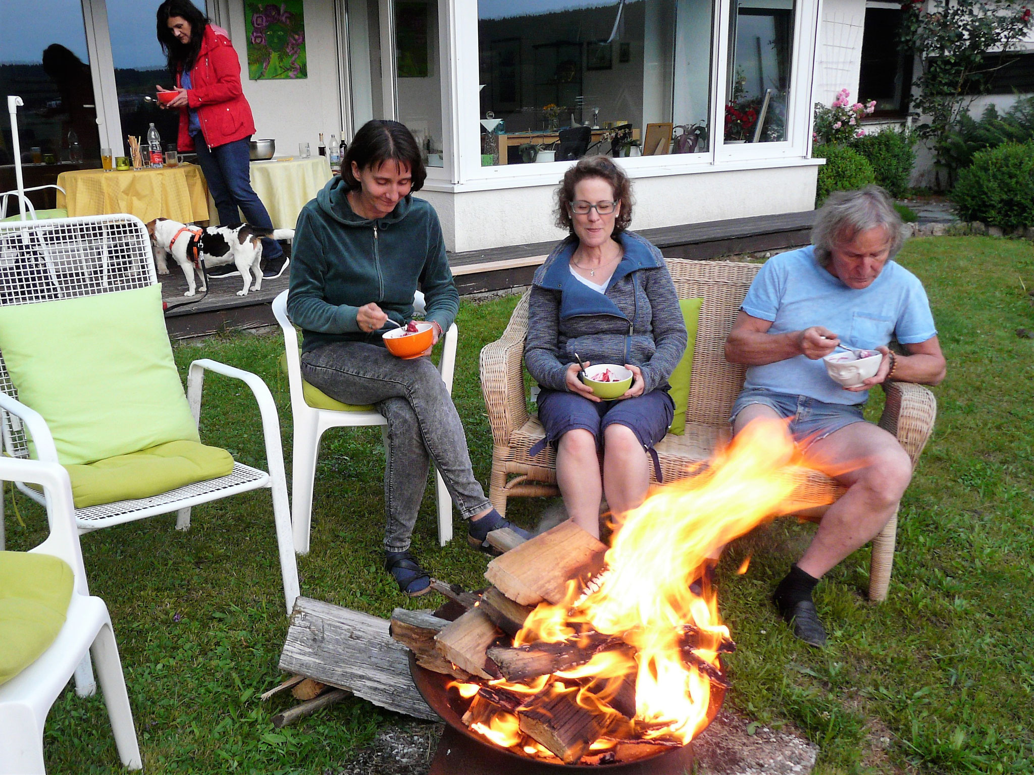 ...den wir genüßlich am Feuer aßen.