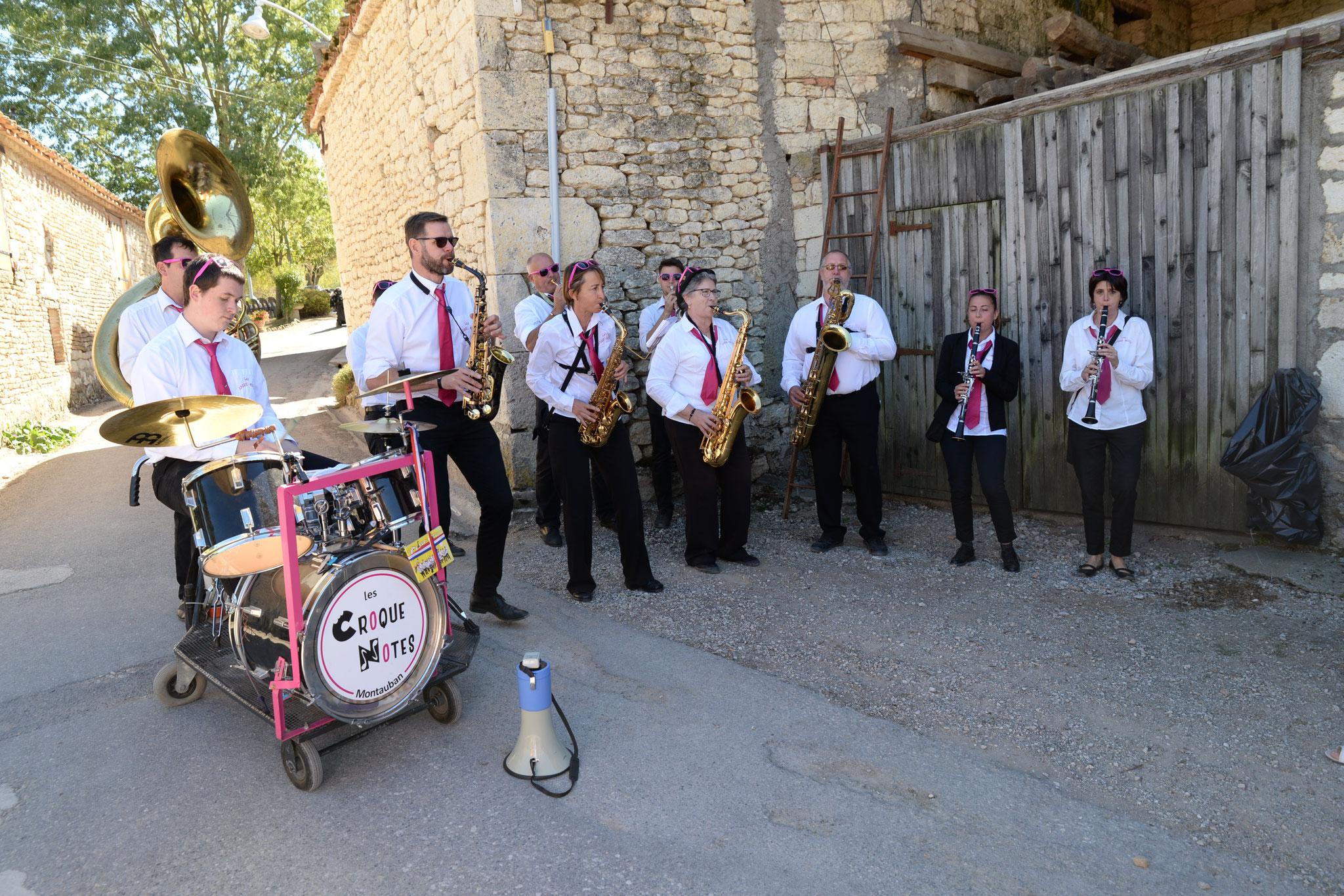 Orchestre Les Croques Notes de Montauban pour la messe, l'apéro et la journée
