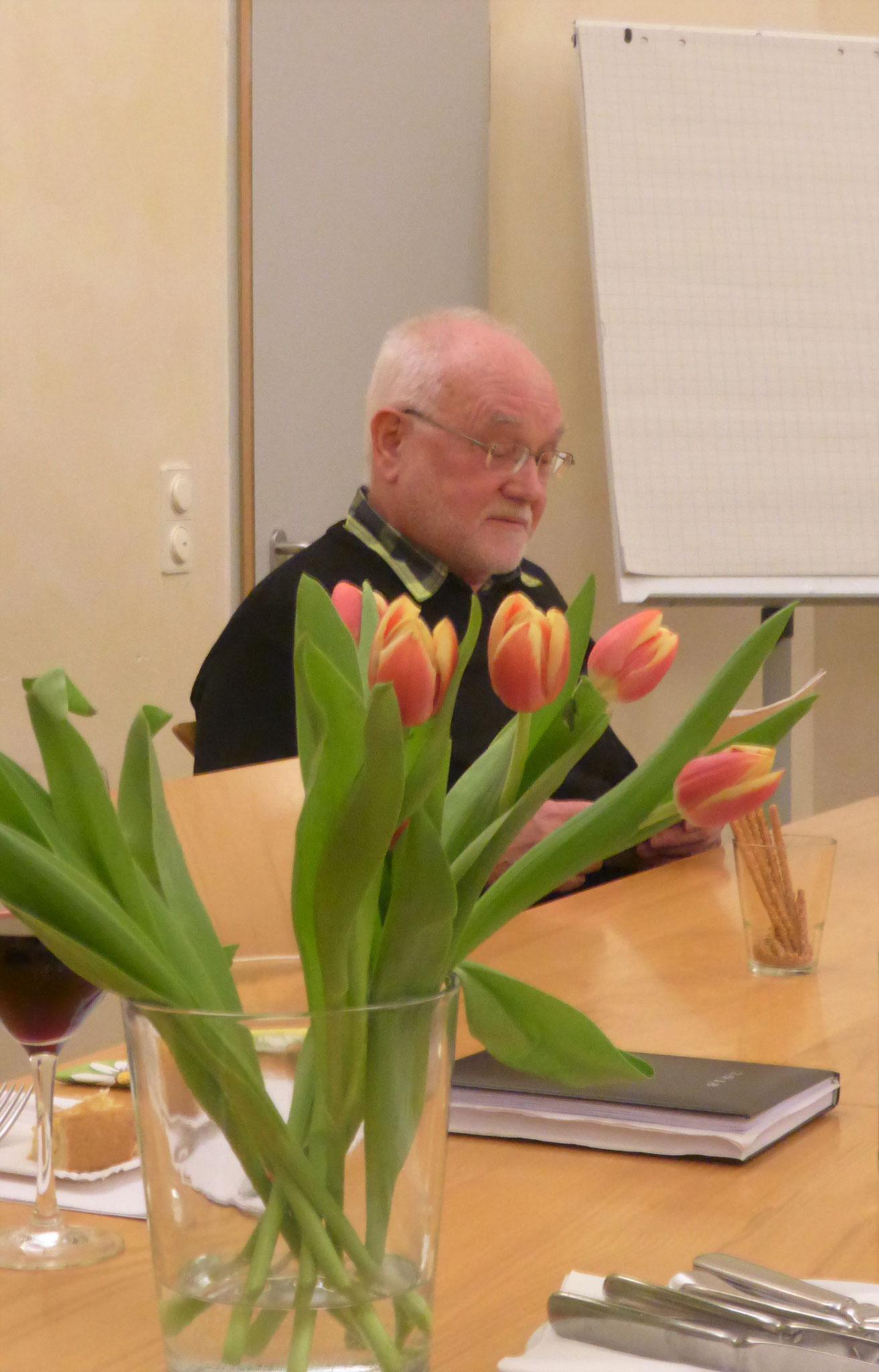 V. Mroz referiert über die politische Lage in Polen