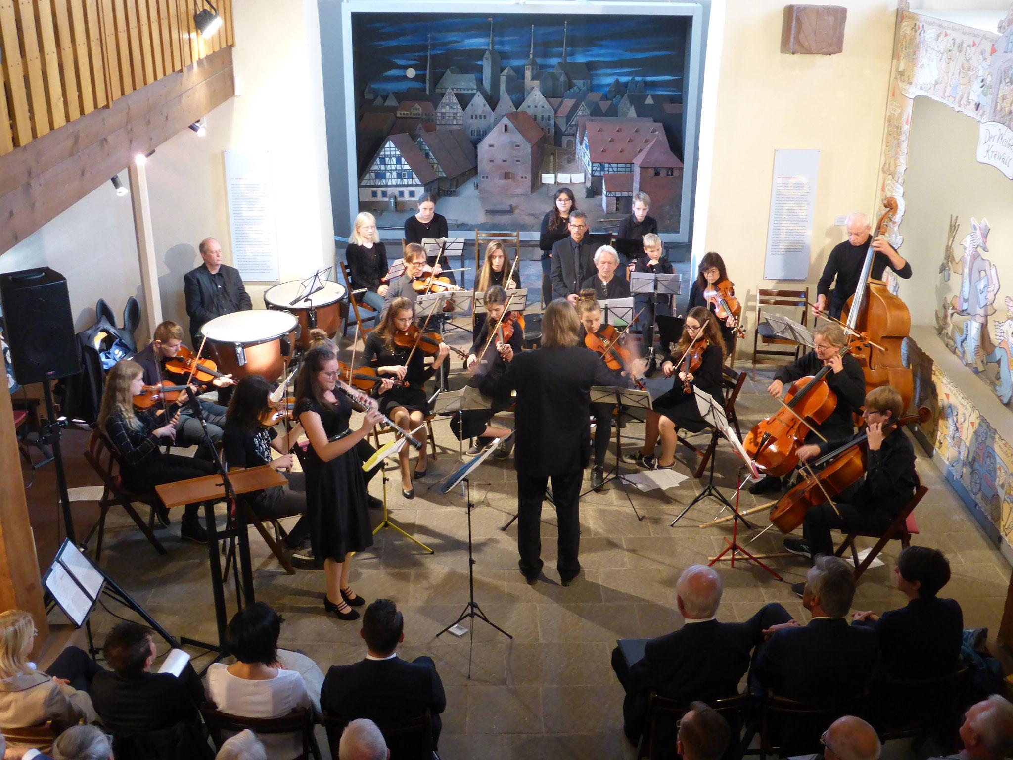 Eröffnung mit dem Orchester der Jugendmusikschule