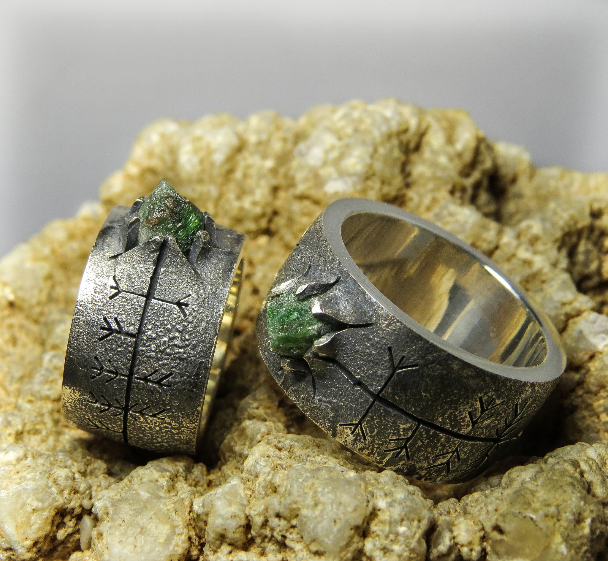 925 zilver met Granaat in Zoisiet