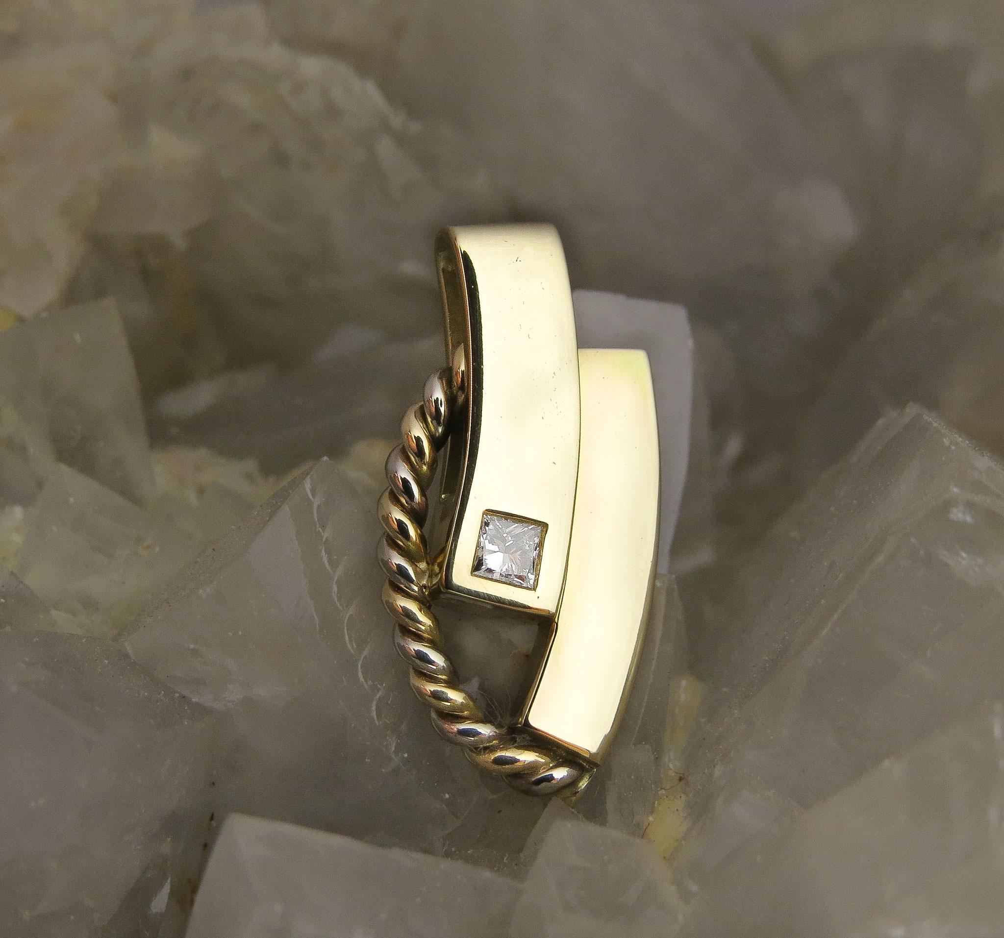 14kt wit -en -geelgoud met Diamant