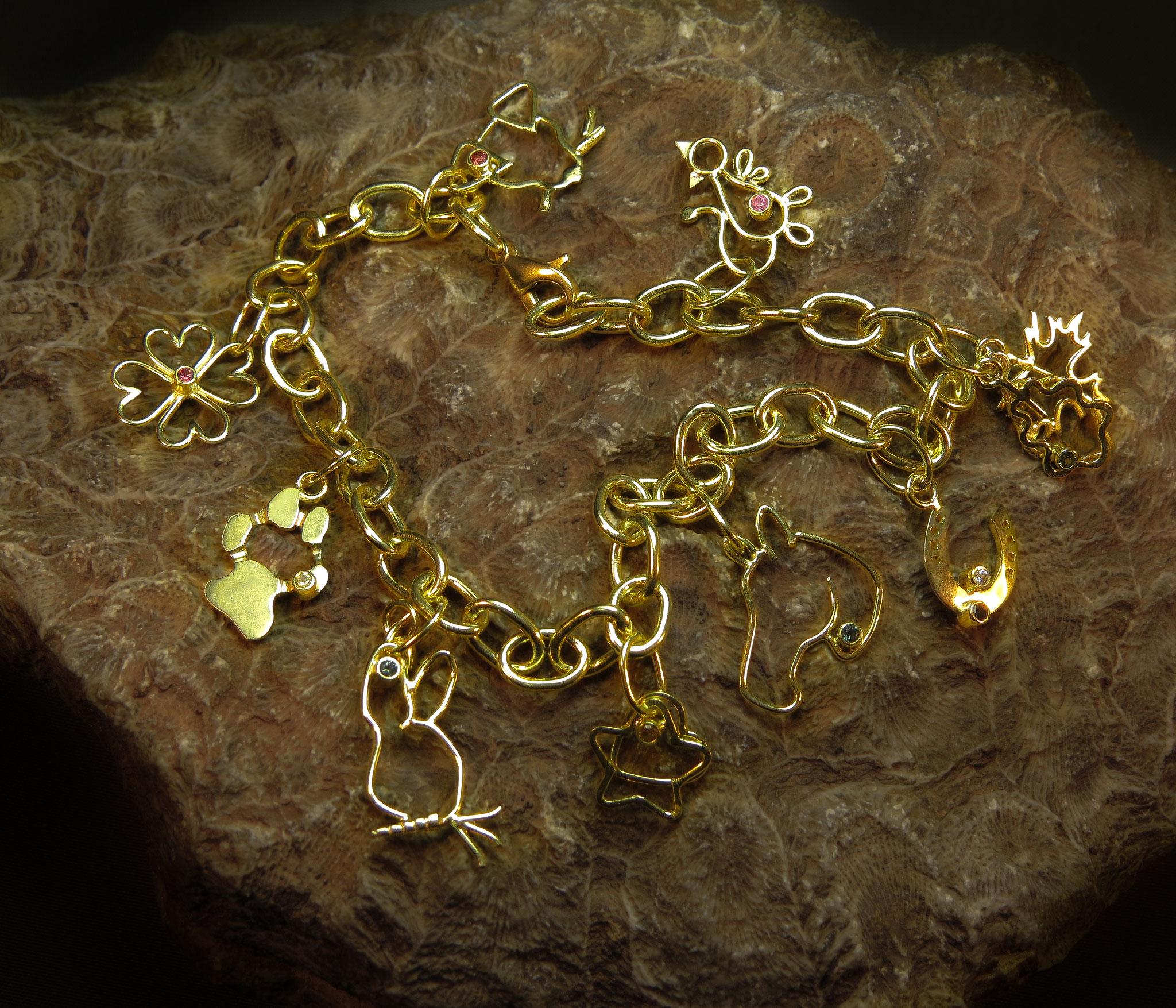 14kt goud met Saffier en Diamant