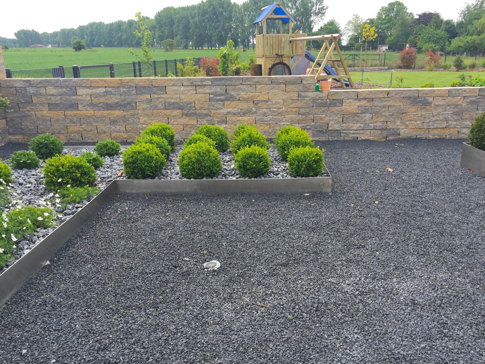 Gartenmauer 21