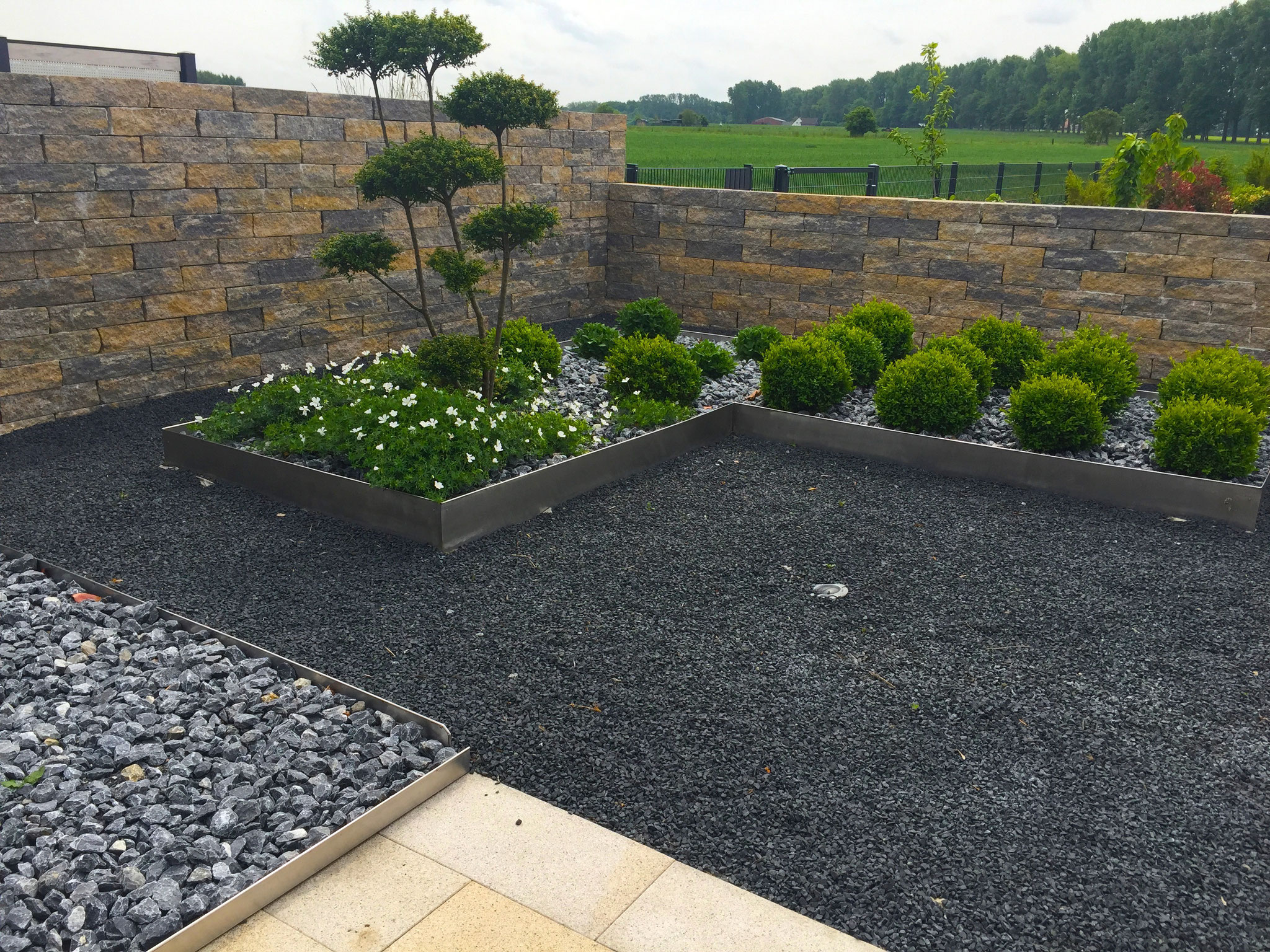Gartenmauer 22