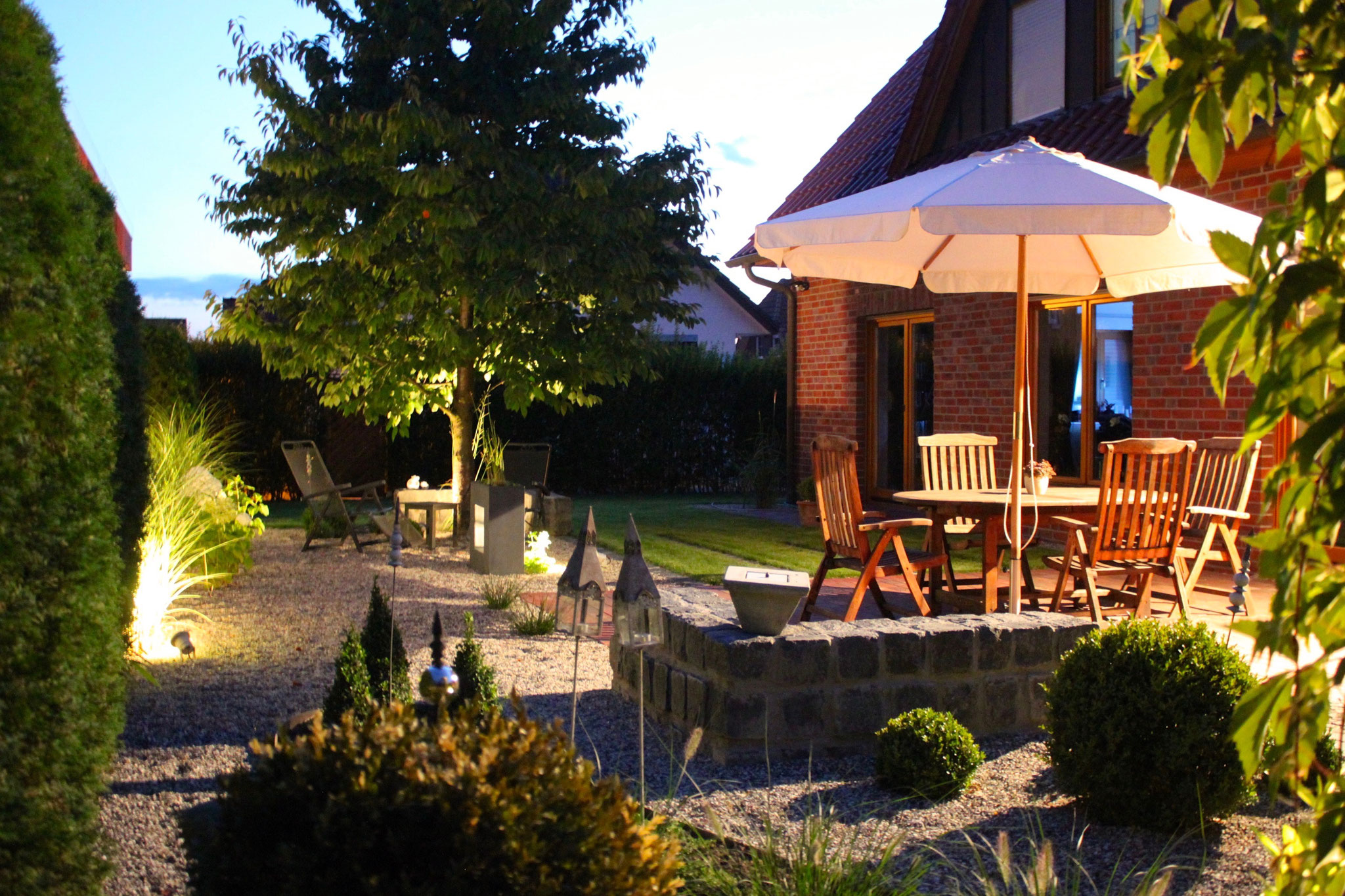 Garten beleuchtet 6