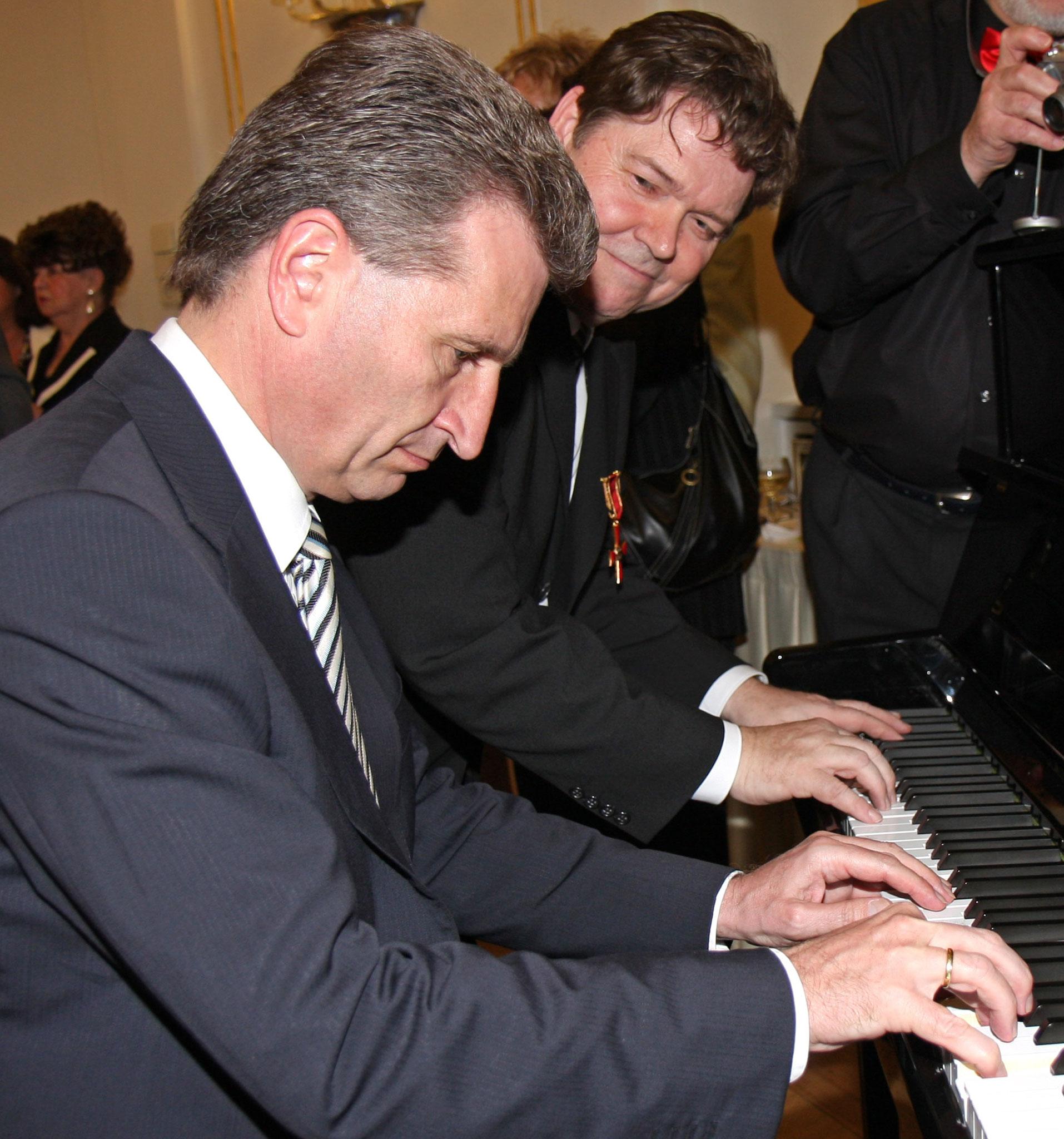 Klavier zu vier Händen - Oettinger/Dippon