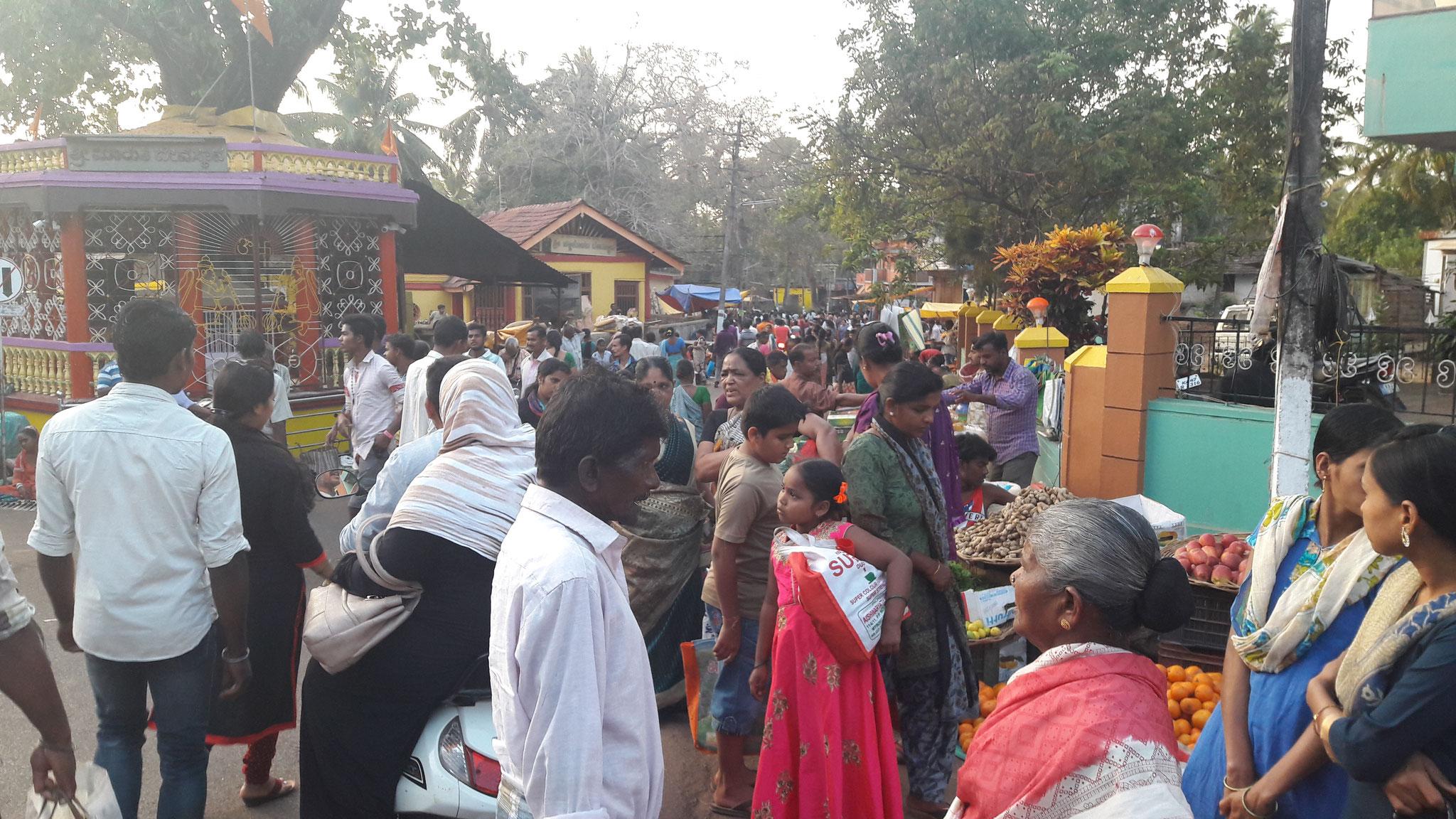 Markttag in Gokarna