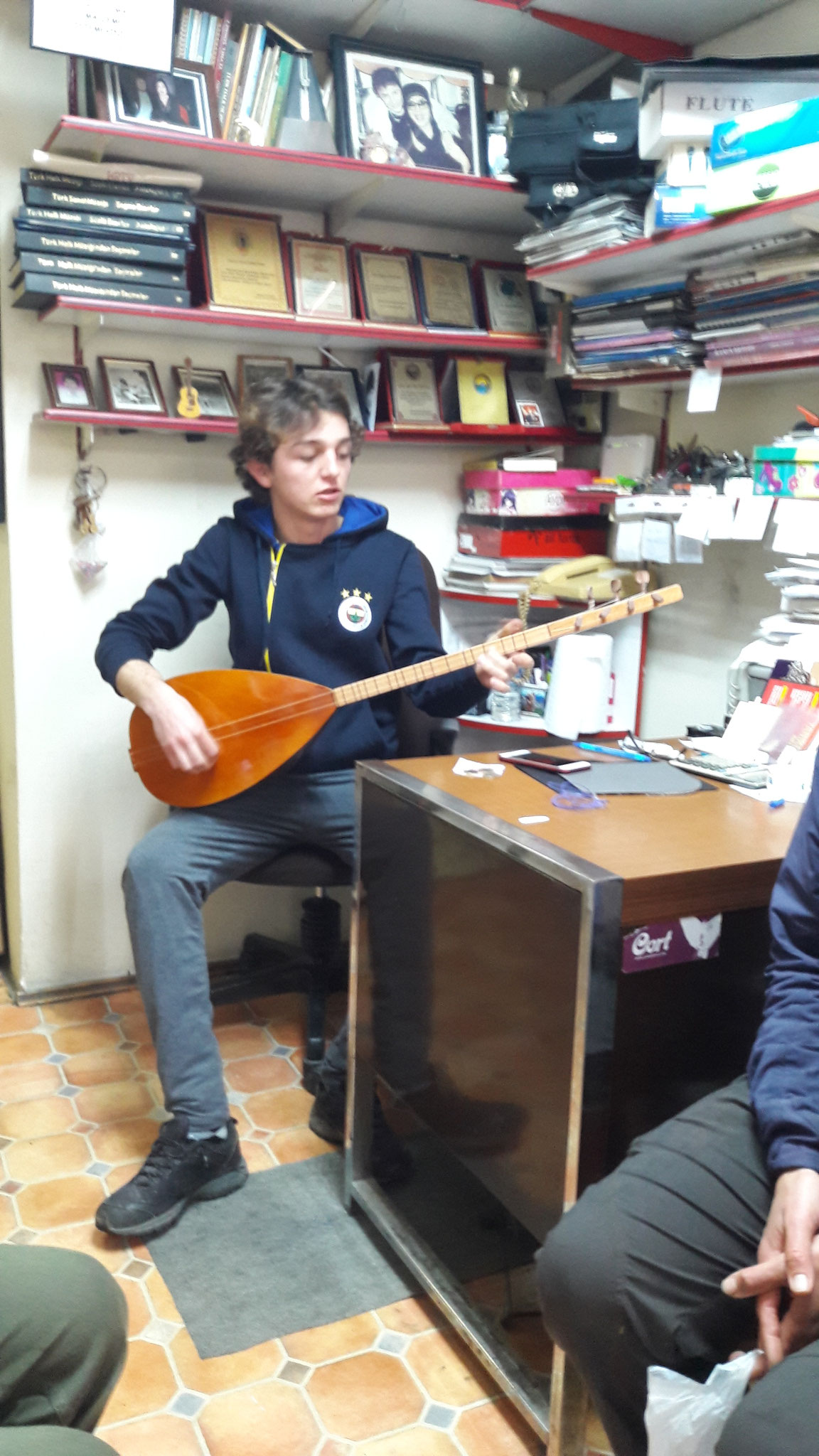 ...but it was wonderful to listen to a little private concert -çok güzel!-