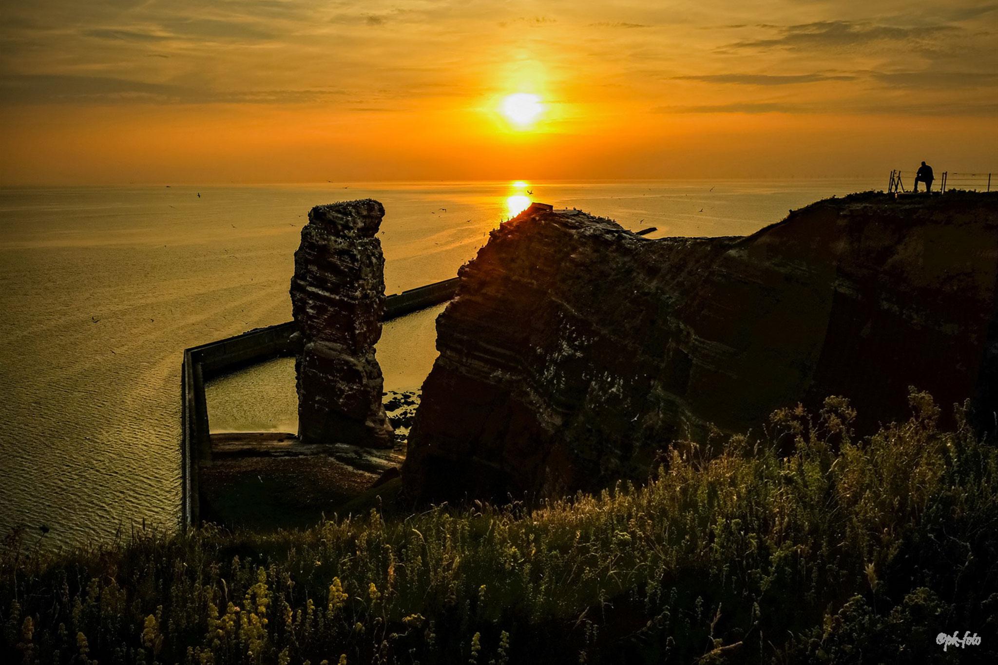 Lange Anna auf Helgoland im Juni 2019 bei Sonnenuntergang