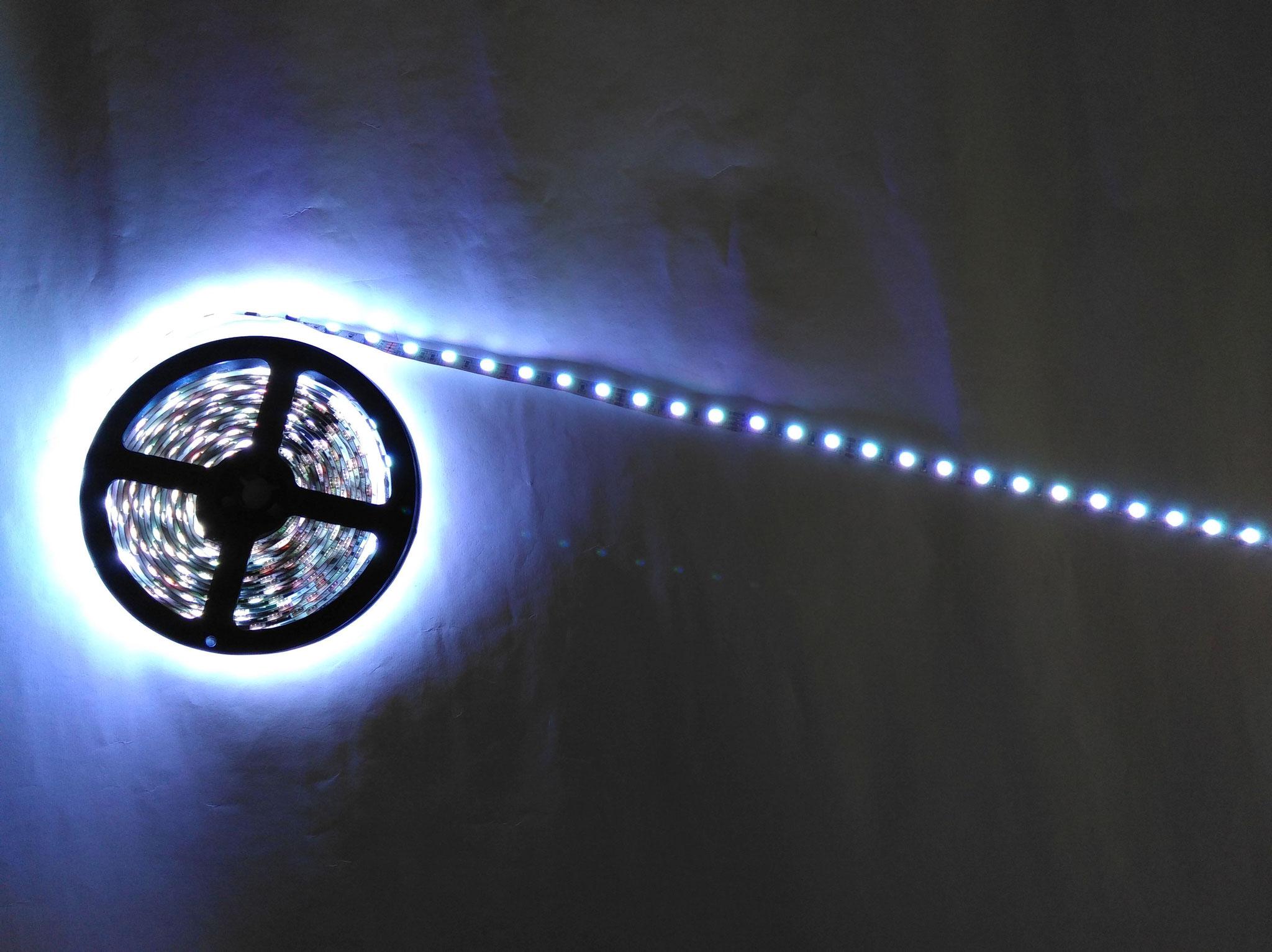 Светодиодная лента SMD5050 60 диодов на 1 метр