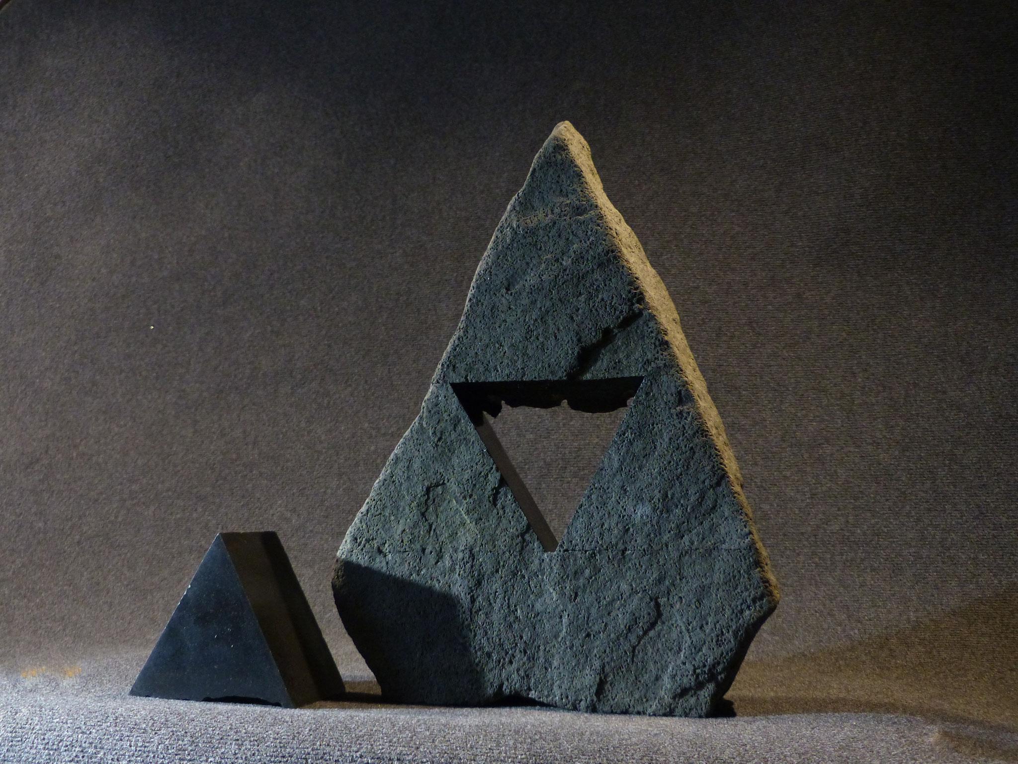 Erratique, l'errance - diorite - 50x36x12 cm