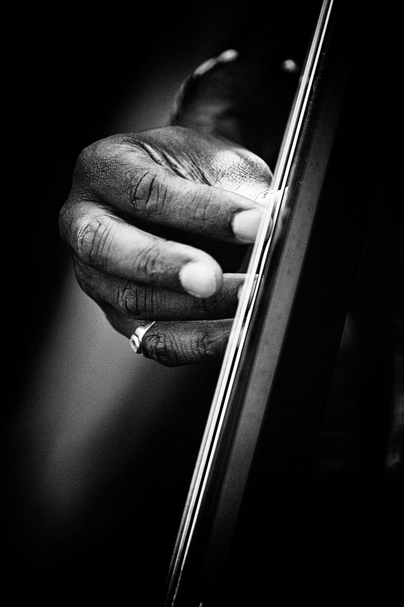 """""""Bassiste 06"""" - Impression sur plexi - 60x90cm - Encadré"""
