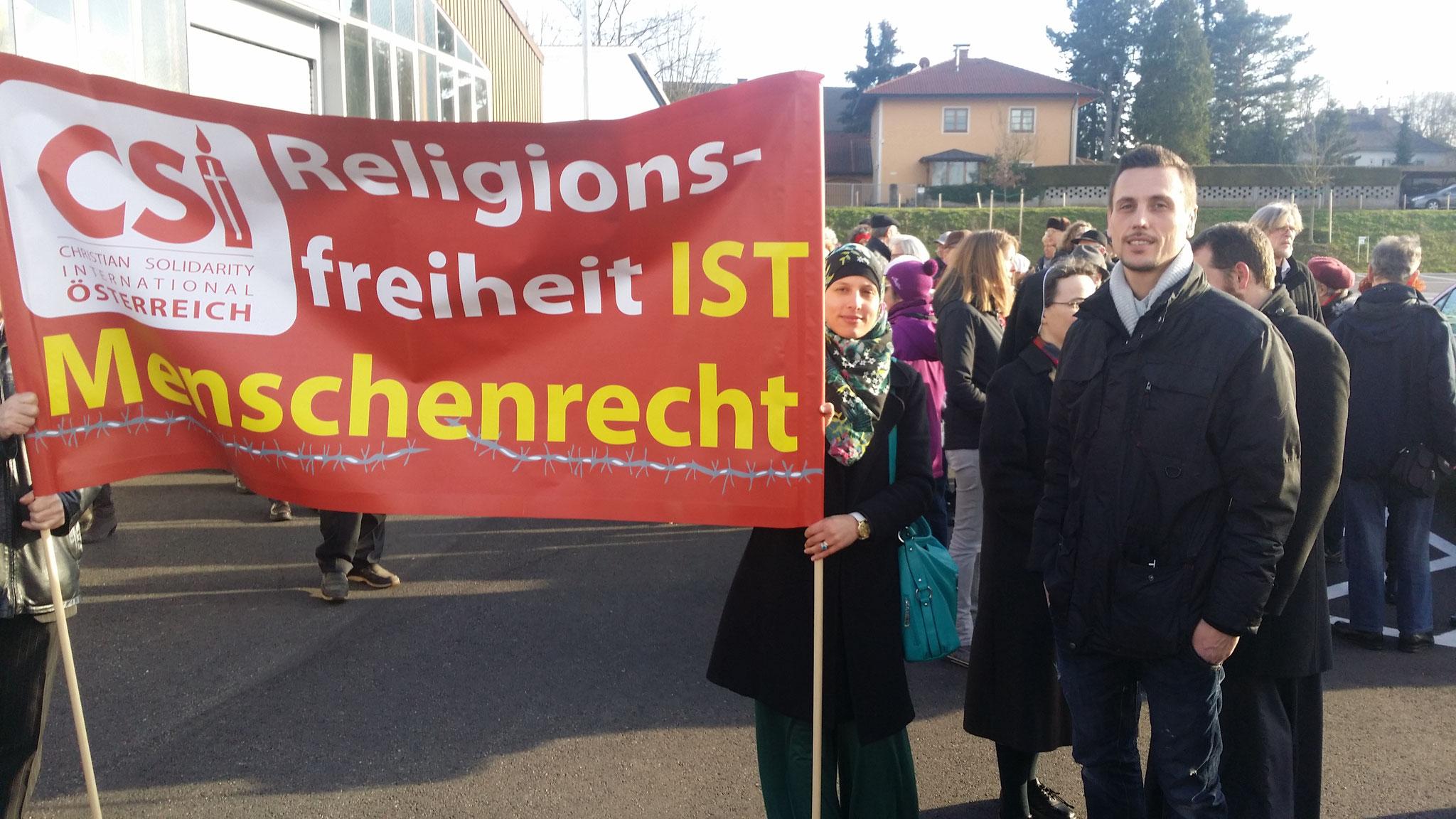 Religionsfreiheit ist Menschenrecht: re. Abdelrahman Jasmina (Sprecherin IFZ), li. Krasniqi Urim (Obmann IFZ)