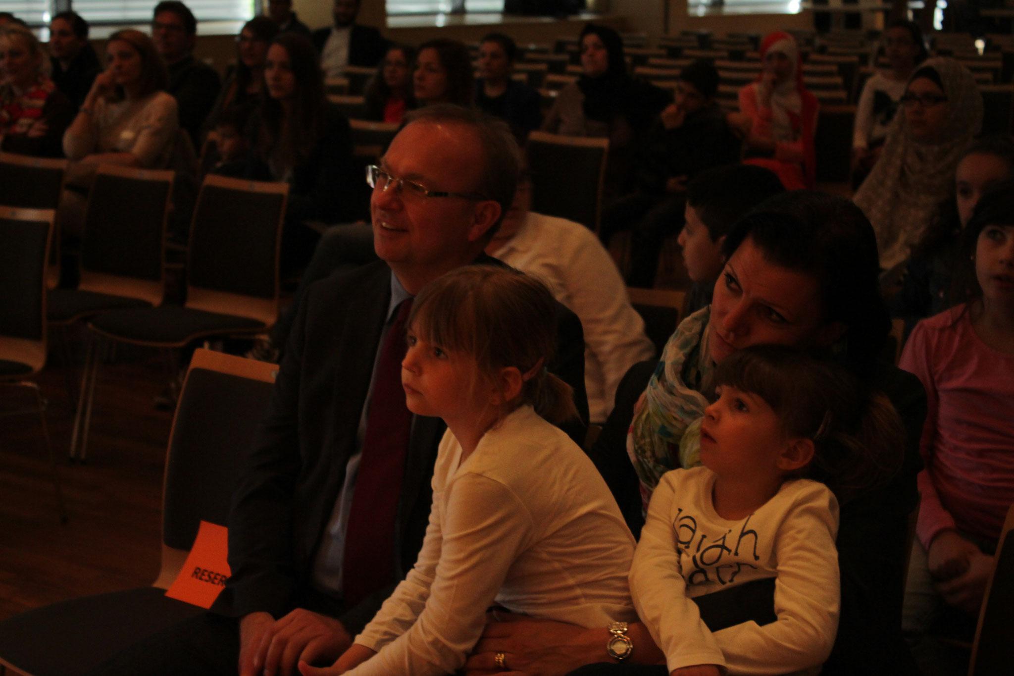 Die Zuschauer waren vom Theaterstück begeistert