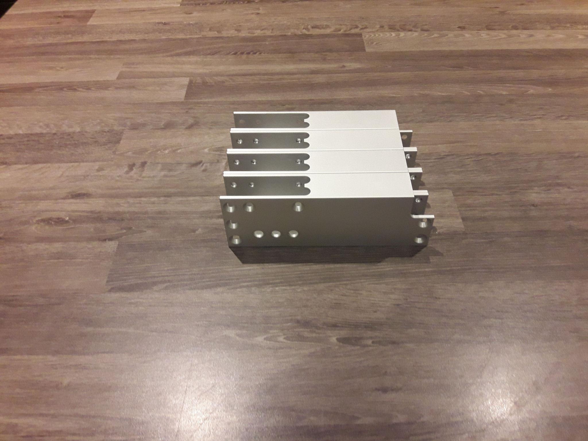 Aluminium kokerfrofiel bewerken