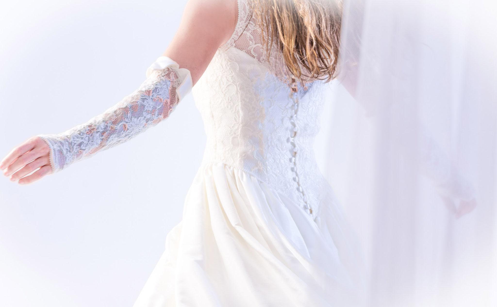 Fotostudio Fotos mit Freude bietet romantische Fotoshootings für Brautpärchen