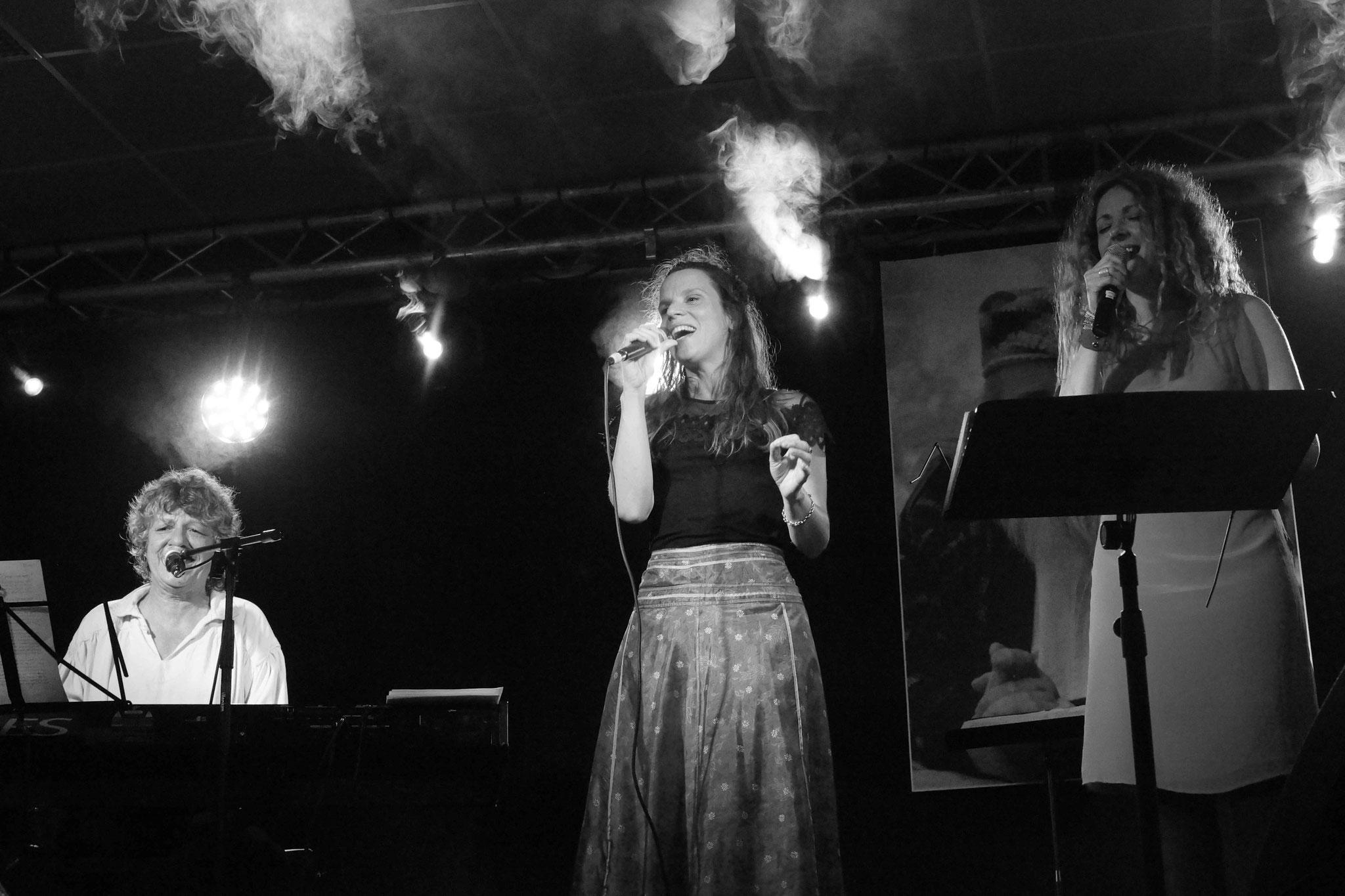 Laurence Meillarec, Clarisse Lavanant et Nolwenn Korbell