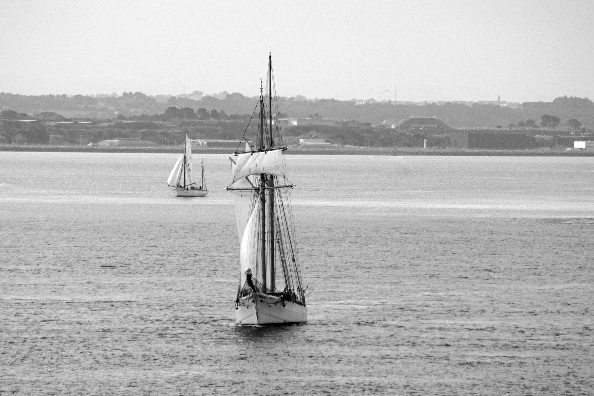 La Belle Poule et le Mutin en rade de Brest, en Septembre 2017