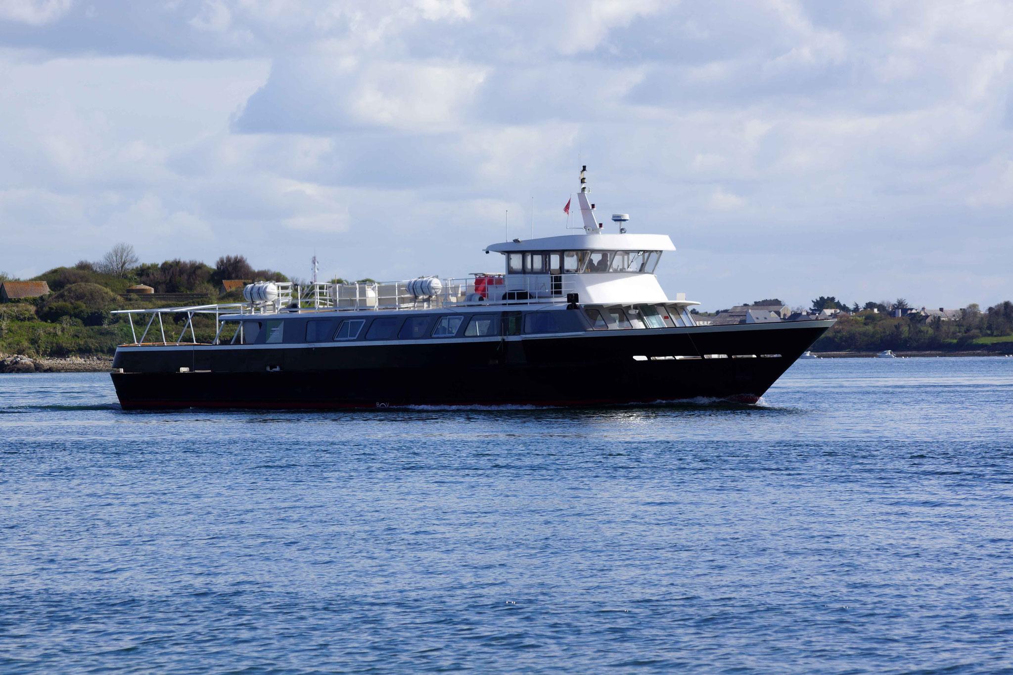 Iroko (Navires croisière tourisme sur la Loire ; 31 m / 7,50 m ~ Nantes), mmsi : 227002440