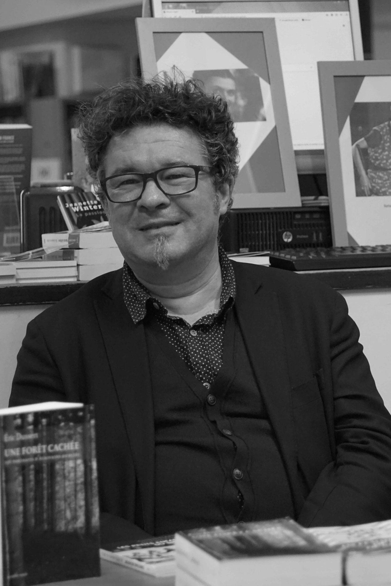 """Eric Dussert ~ Rencontre à la Librairie Gwalarn pour son essais """"Cachées par la Forêt"""" ; Vendredi 8 mars 2019"""